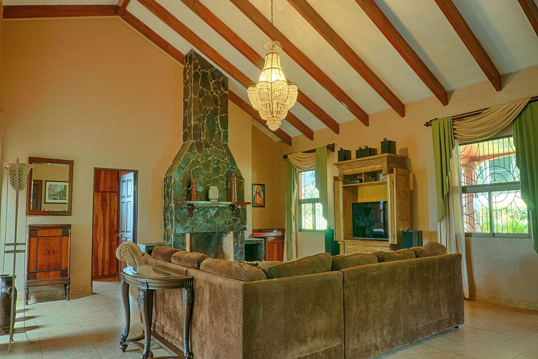 Additional photo for property listing at Vistas de Montecito Heredia, Heredia Costa Rica