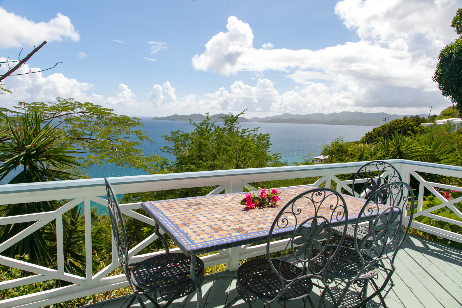 Additional photo for property listing at Brook House Havers, Tortola Islas Vírgenes Británicas
