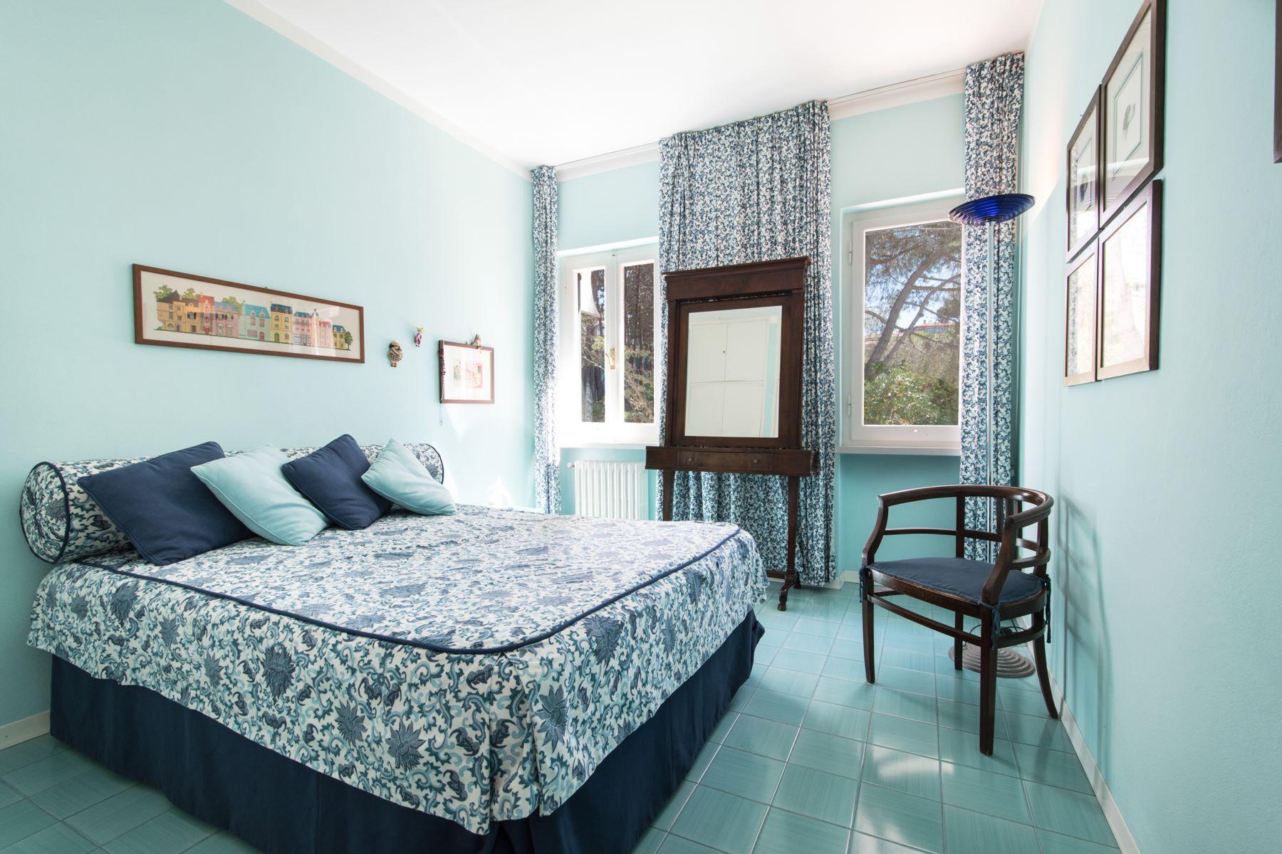 Additional photo for property listing at Unique beachfront villa with pool Via Einaudi Portoferraio, Livorno 57014 Italien