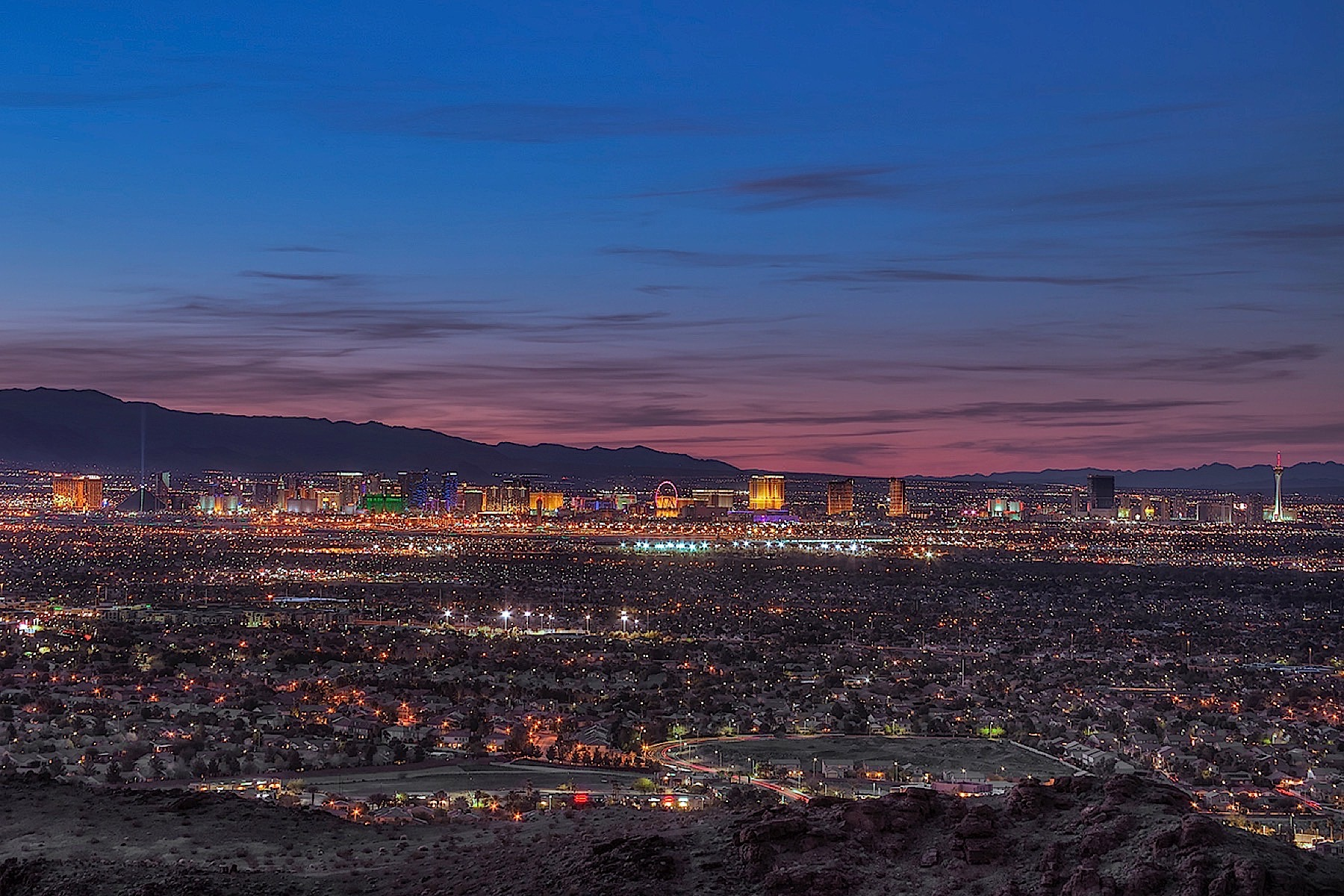 Terrain pour l Vente à 641 Dragon Peak Dr Henderson, Nevada, 89012 États-Unis