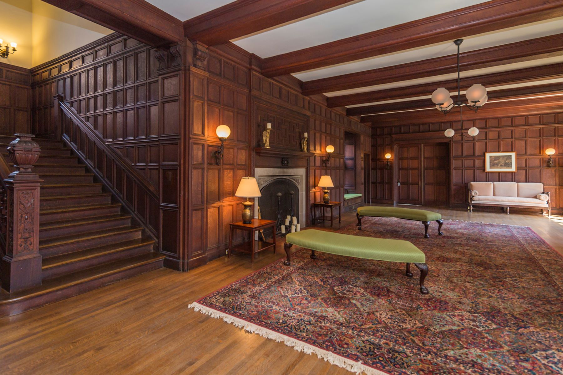 Additional photo for property listing at Great Warmth Amid Turn-of-the-Century Ambiance 2 Constitution Hill East Princeton, New Jersey 08540 États-Unis