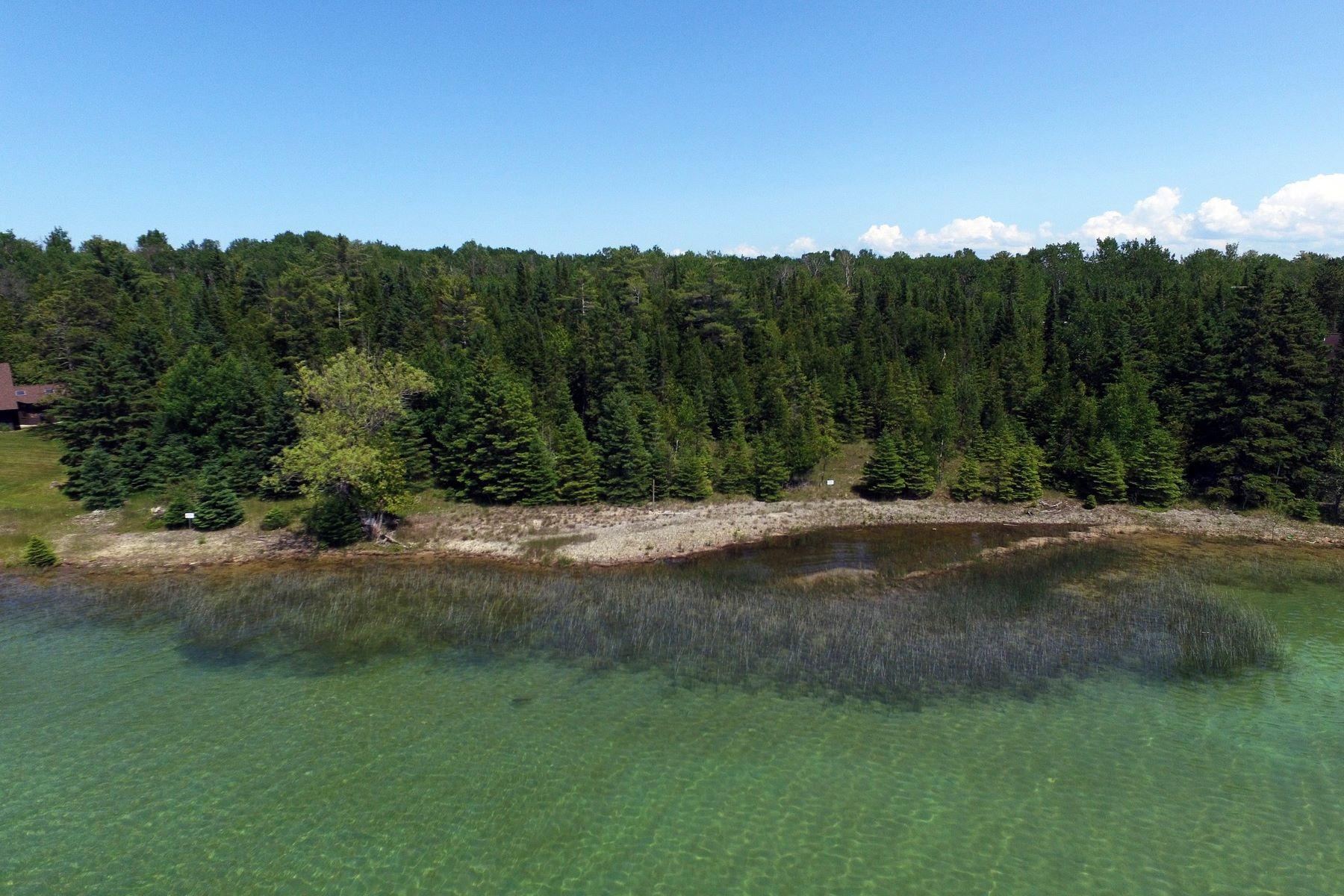 Land für Verkauf beim See Road 0 See Road Charlevoix, Michigan, 49720 Vereinigte Staaten