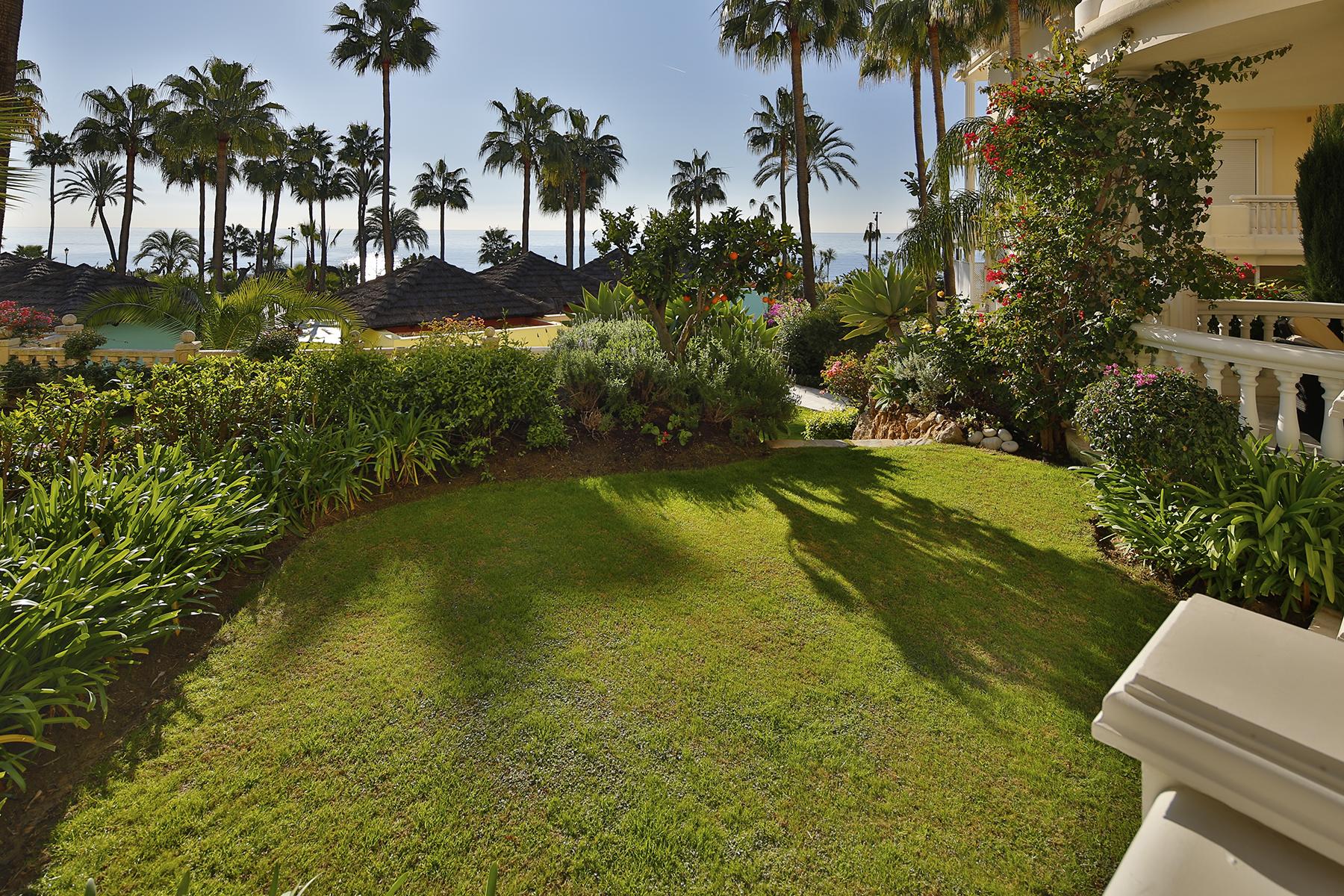 Appartement pour l Vente à Ground floor apartment Las Dunas Park Estepona, Costa Del Sol, 29680 Espagne