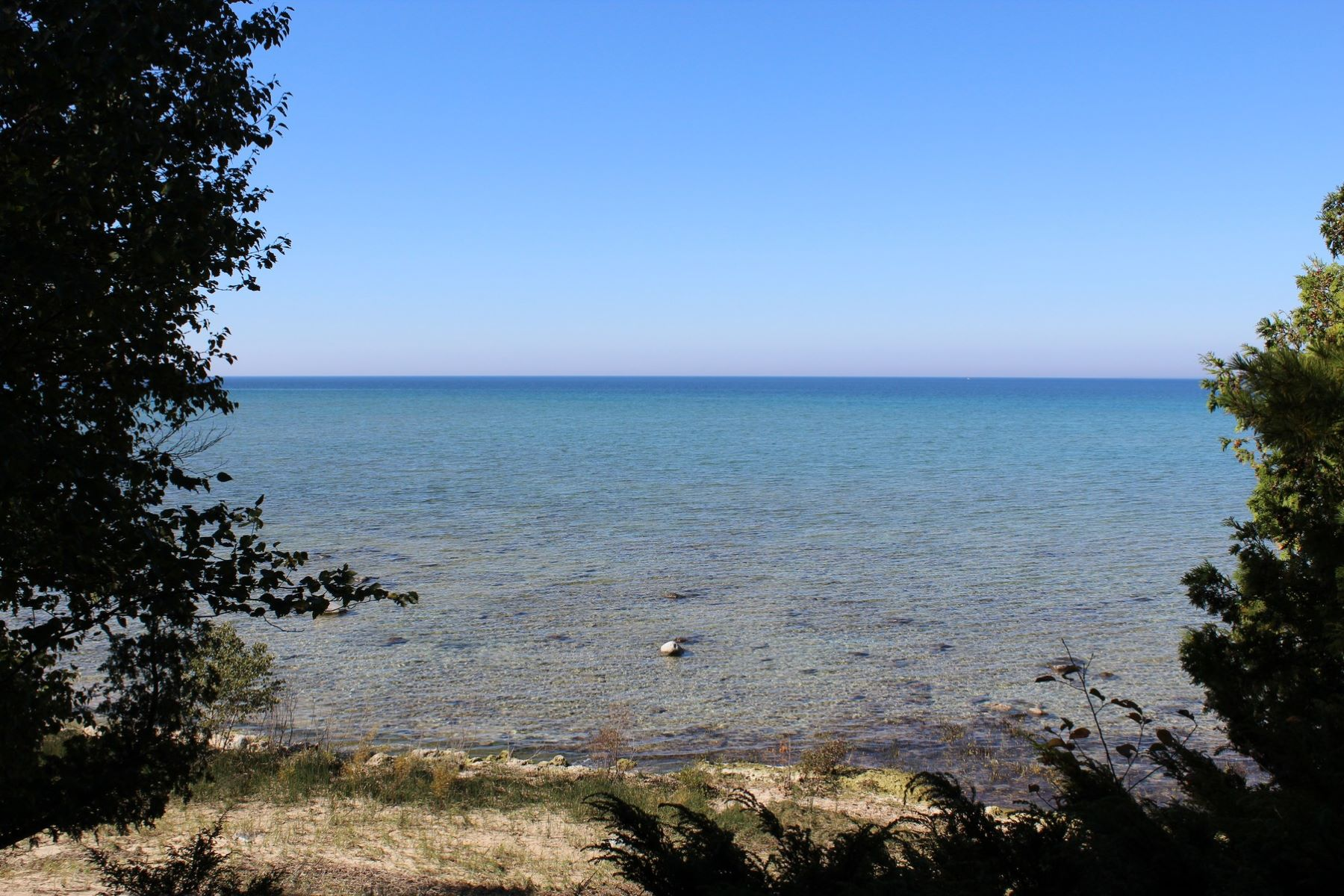 Additional photo for property listing at Beaver Island Waterfront Acreage South French Bay Road, Beaver Island, Michigan 49782 États-Unis