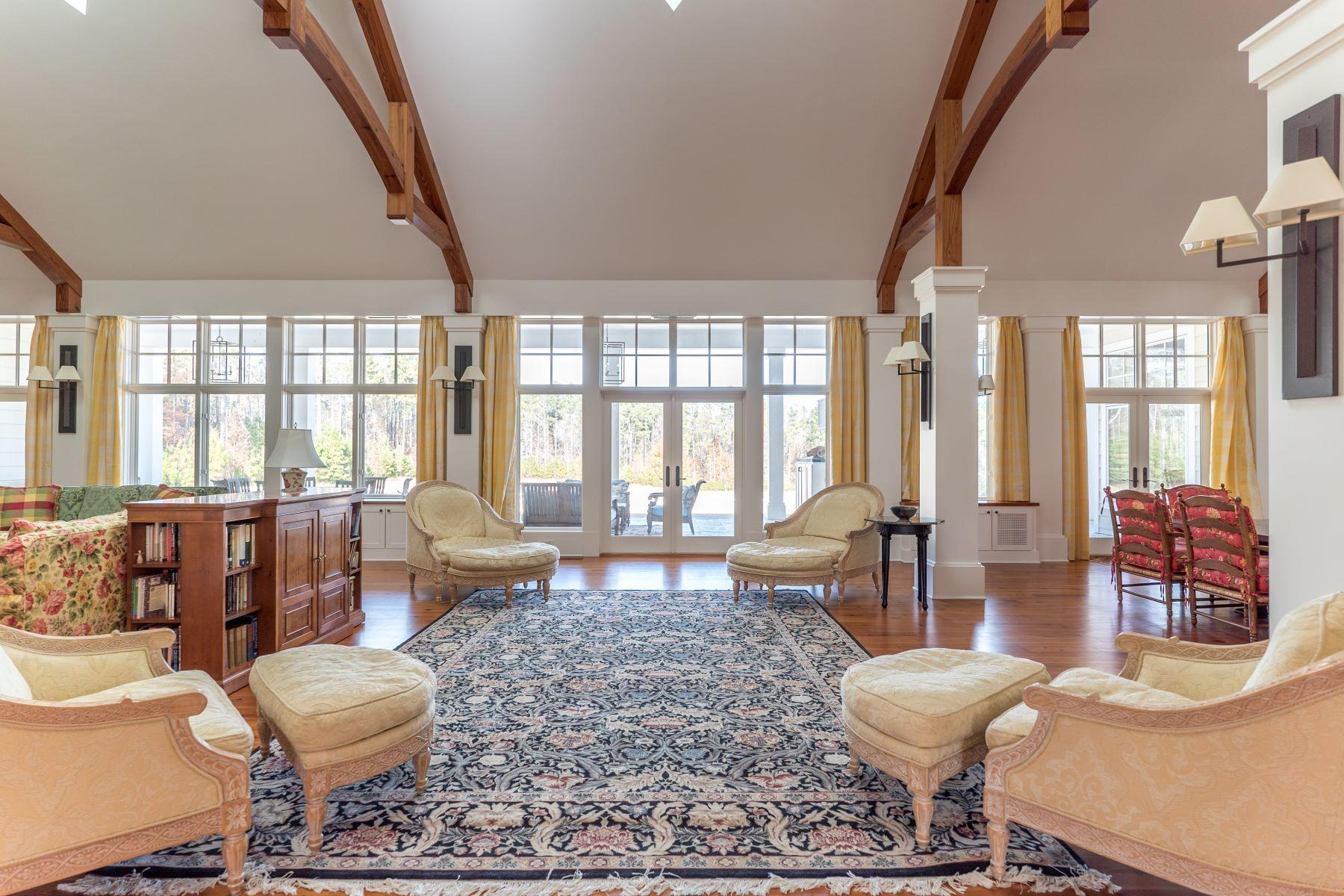 Additional photo for property listing at 1201 Old Greensboro Road  Chapel Hill, Carolina Del Norte 27516 Estados Unidos