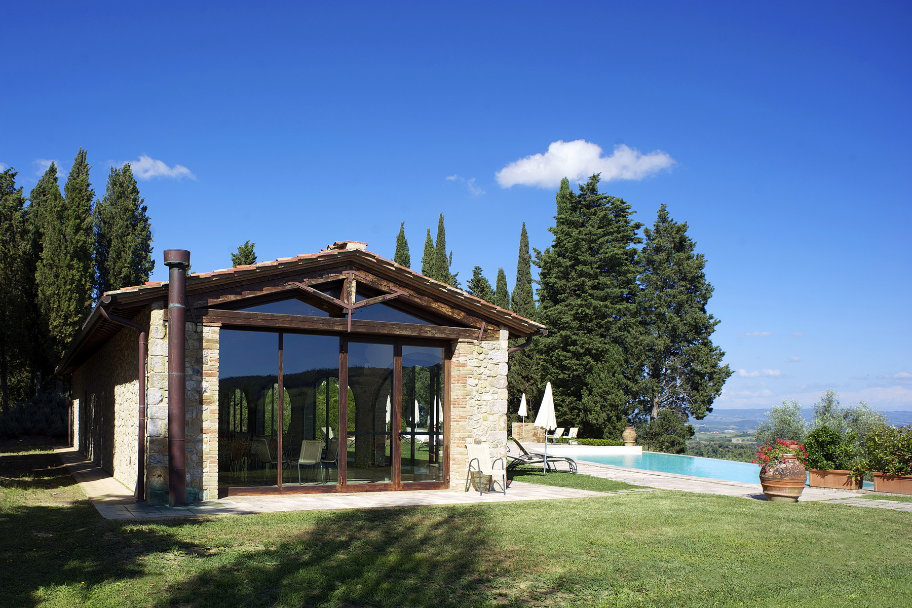 Additional photo for property listing at Multifunctional agriculture farm in San Gimignano Località Santo Pietro San Gimignano, Siena 53037 Italia