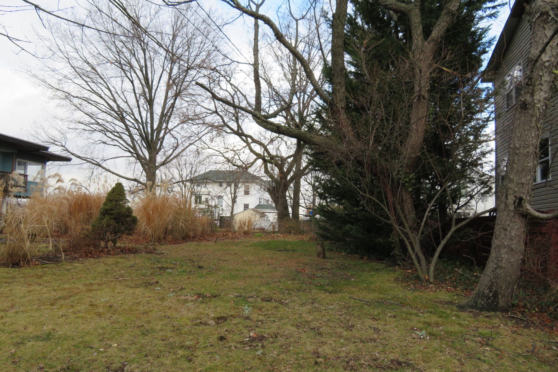 Land for Sale at 77 Ditmars 77 Ditmars Street Bronx, New York, 10464 United States