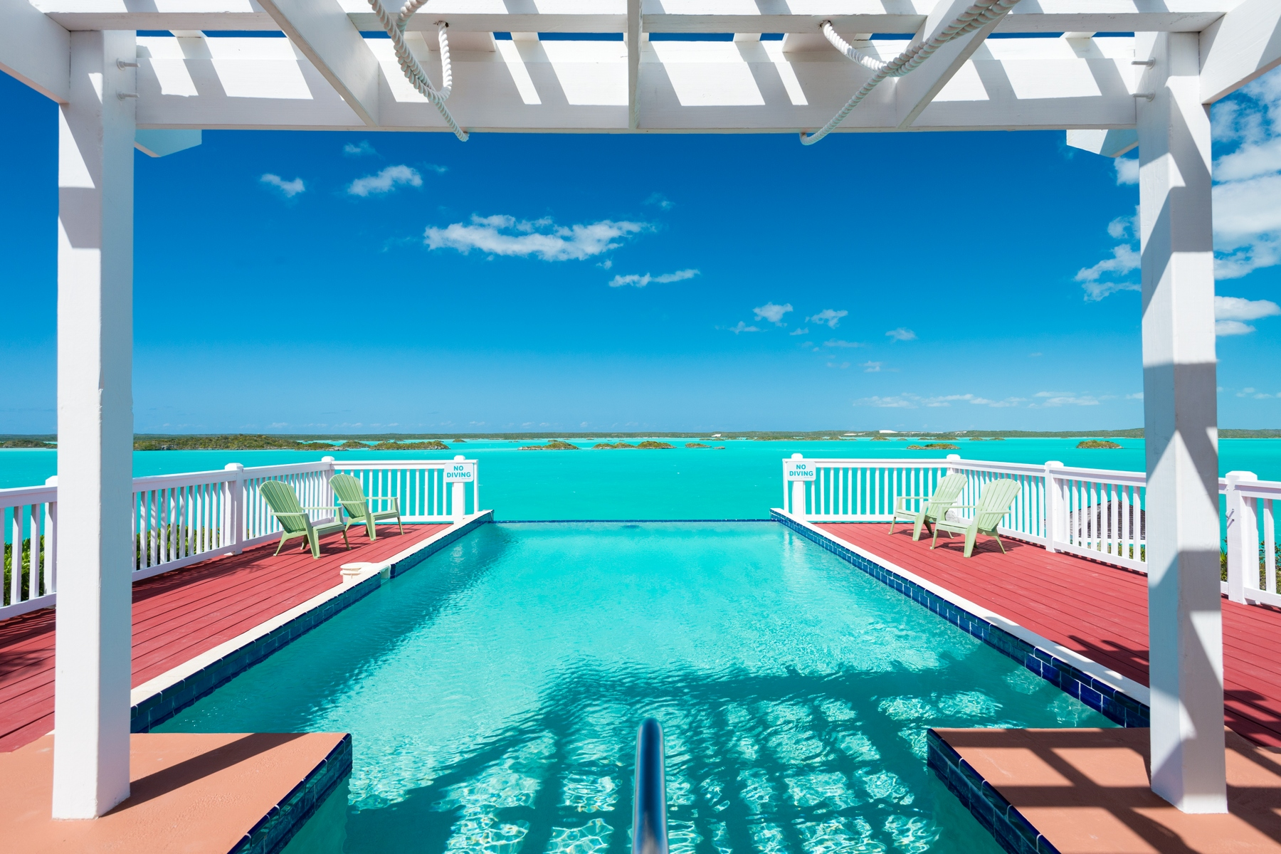 Additional photo for property listing at Aqua View Villa Waterfront Chalk Sound, Providenciales TCI Islas Turcas Y Caicos