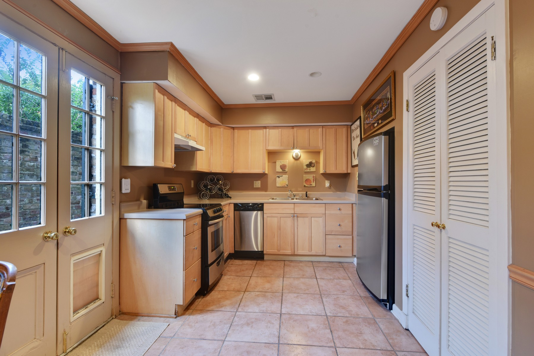 Additional photo for property listing at 1119 Dauphine St 1119 Dauphine St # 5 New Orleans, Louisiana 70116 Estados Unidos