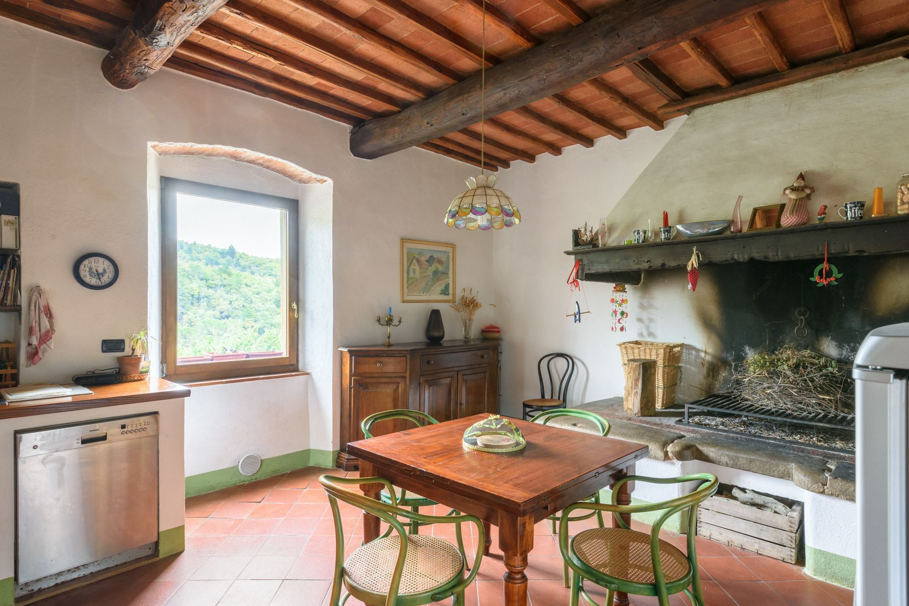 Additional photo for property listing at Maison independent  à deux niveaux avec dependance et olivaire privé Loc. Bricciano Gaiole In Chianti, Siena 53013 Italie