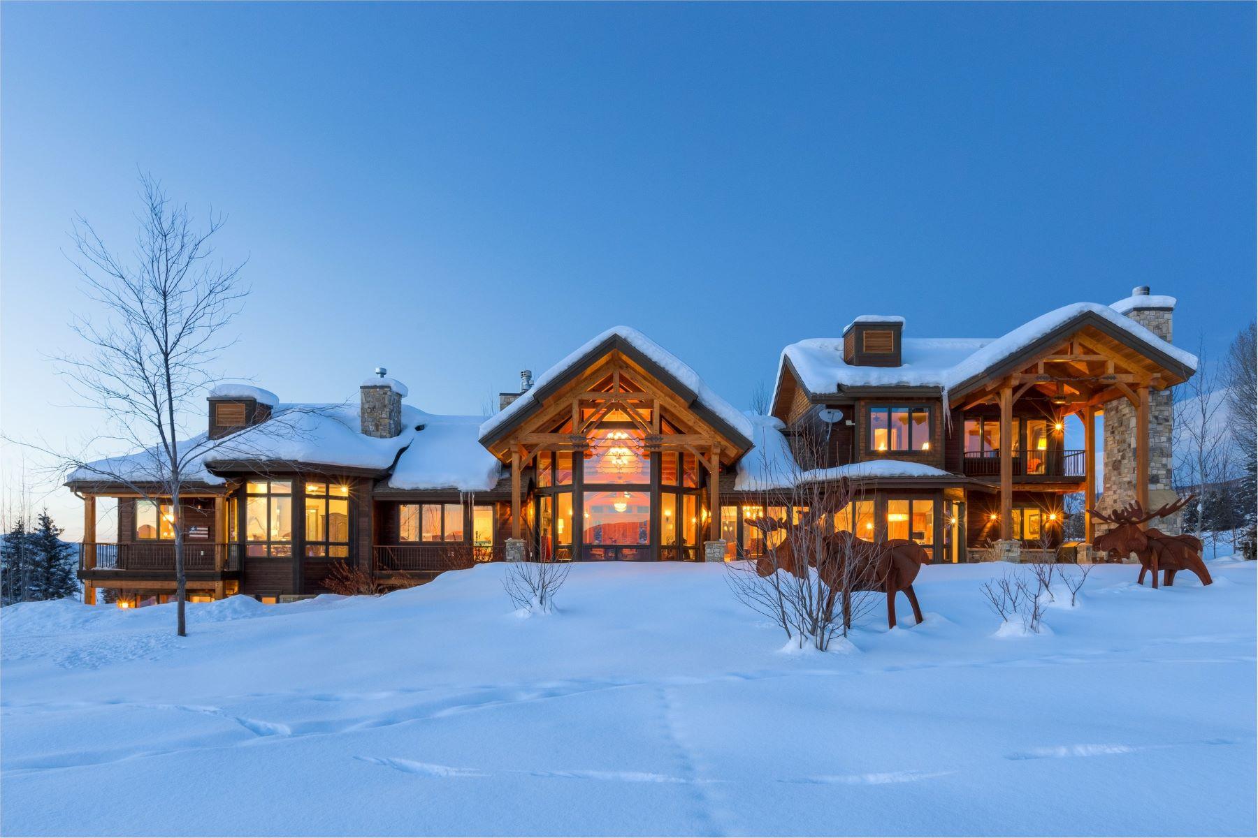 Casa para uma família para Venda às Eagles View Home 1055 Anglers Drive Steamboat Springs, Colorado, 80487 Estados Unidos