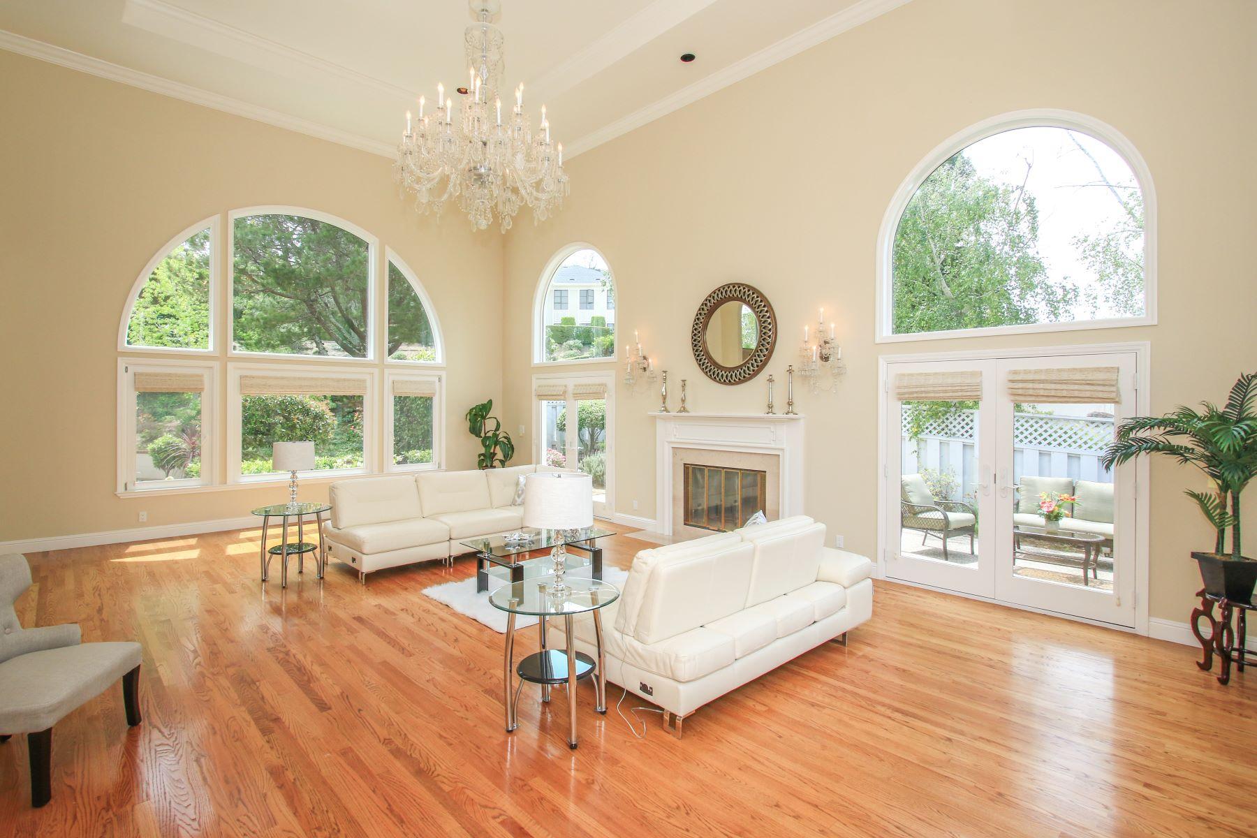 Additional photo for property listing at 75 Eugenia Way, Hillsborough  Hillsborough, California 94010 United States
