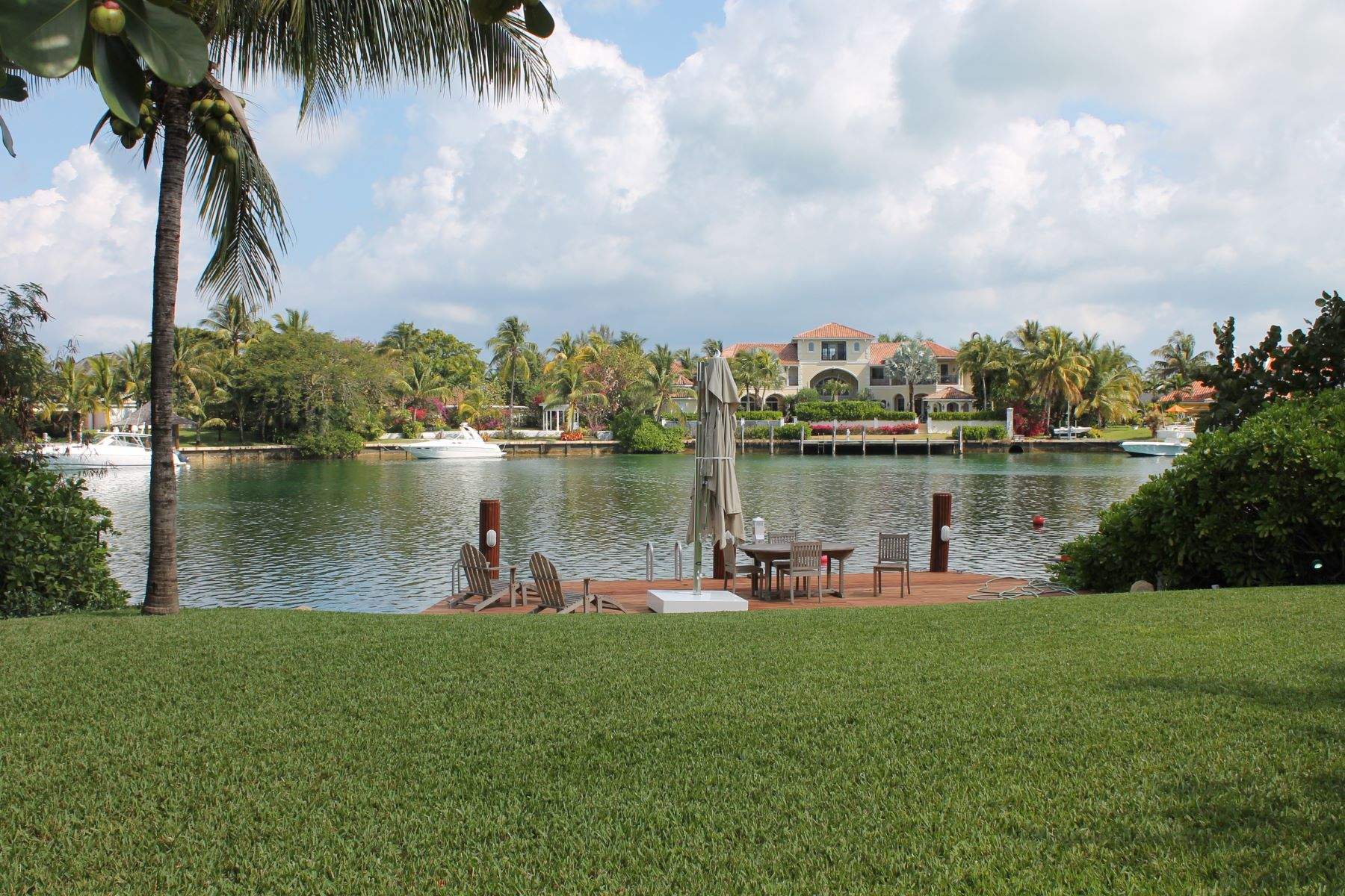 Additional photo for property listing at Lyford Cay Waterway 来佛礁, 新普罗维登斯/拿骚 巴哈马