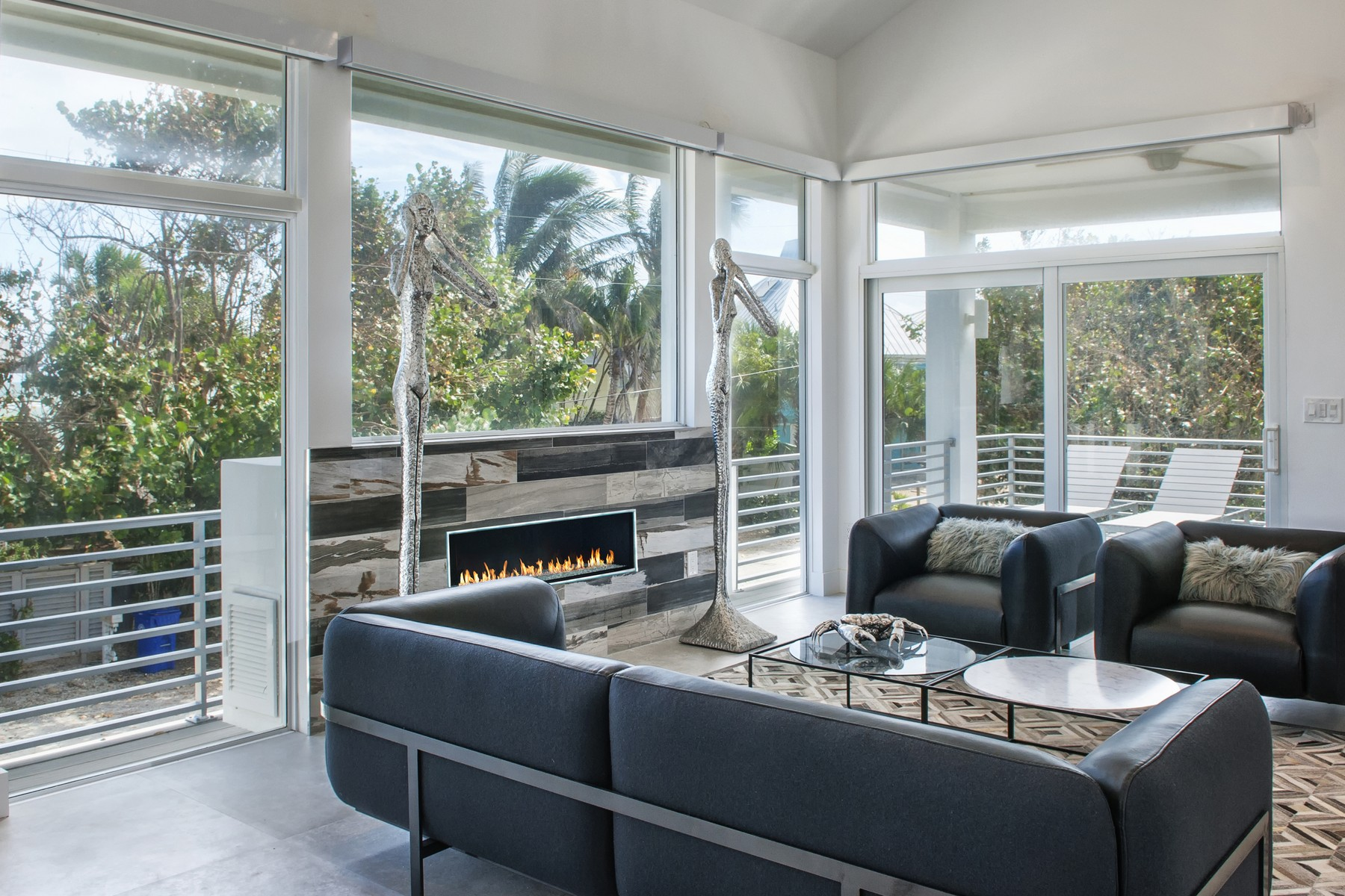 Casa para uma família para Venda às Villa Nirvana 1811 E Sandpiper Road Vero Beach, Florida, 32963 Estados Unidos