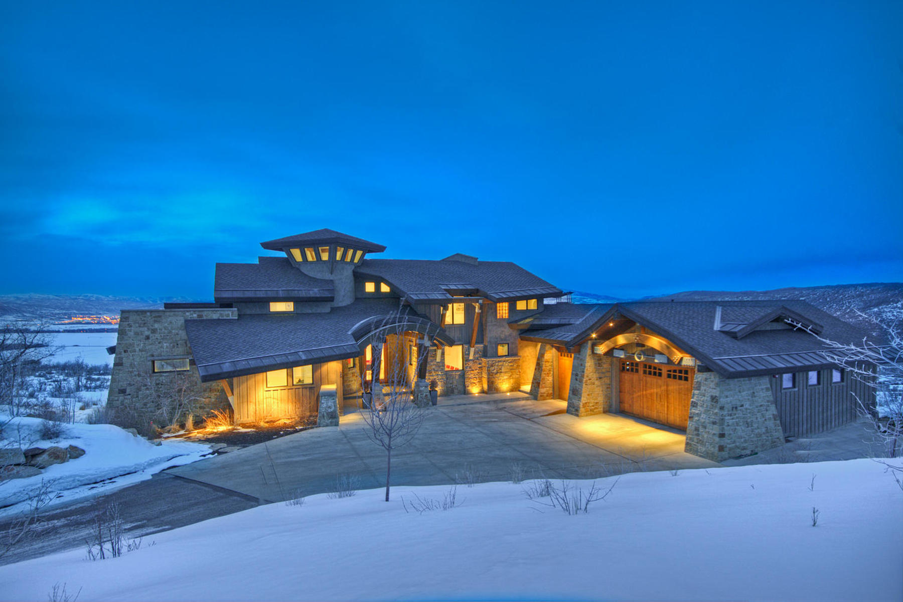 Maison unifamiliale pour l Vente à Modern Living with a Cozy Park City Feel 25 Marilyn Ct Park City, Utah, 84060 États-Unis