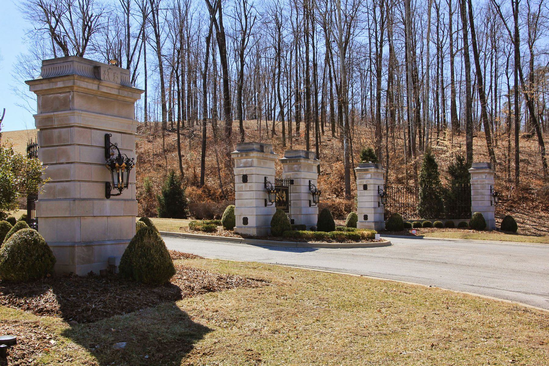 Additional photo for property listing at lot 18 Cote de Chambord  Floyds Knobs, Indiana 47119 United States