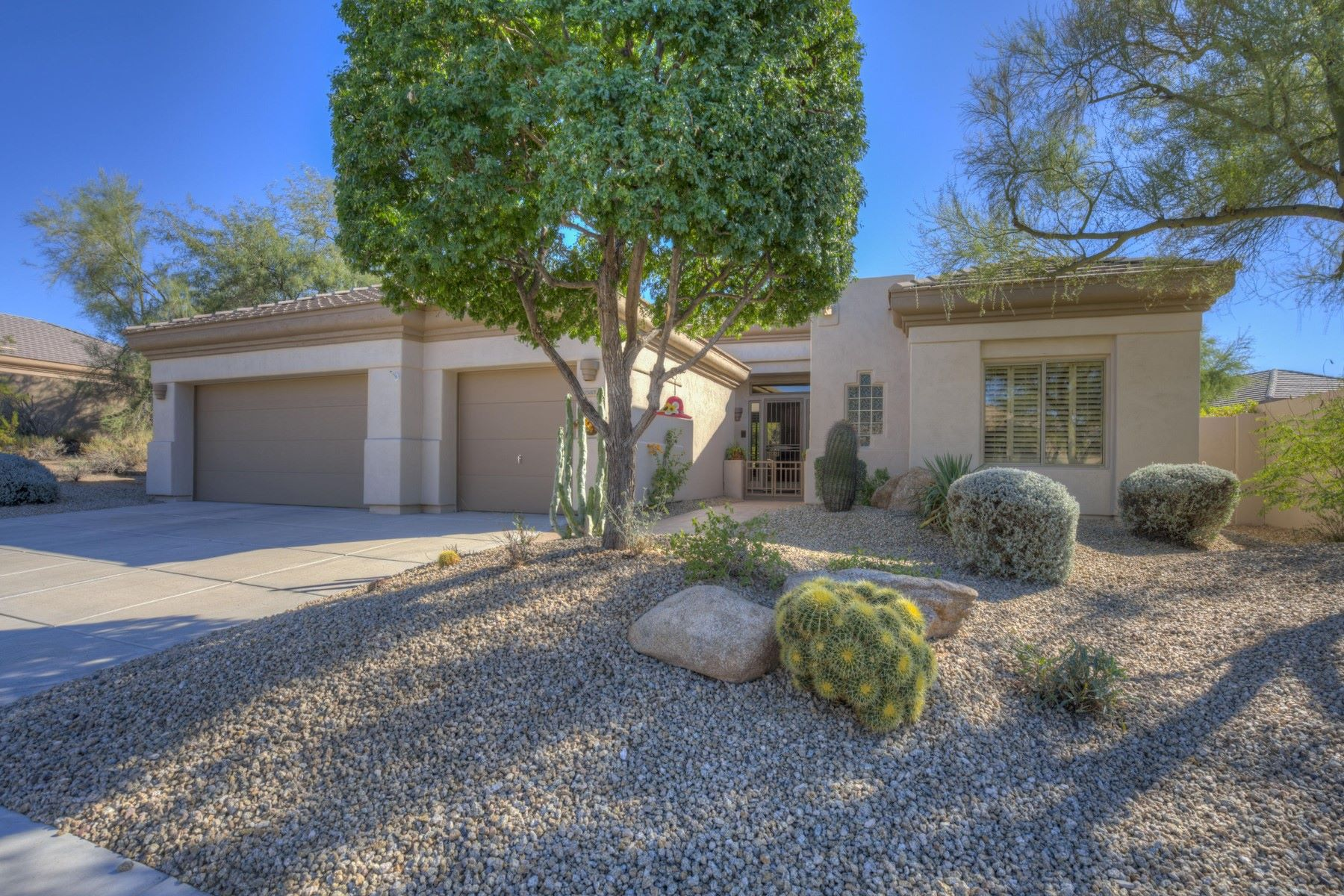 Maison unifamiliale pour l Vente à Spacious sought after Stella model in Terravita Country Club 6583 E Brilliant Sky Dr Scottsdale, Arizona, 85266 États-Unis