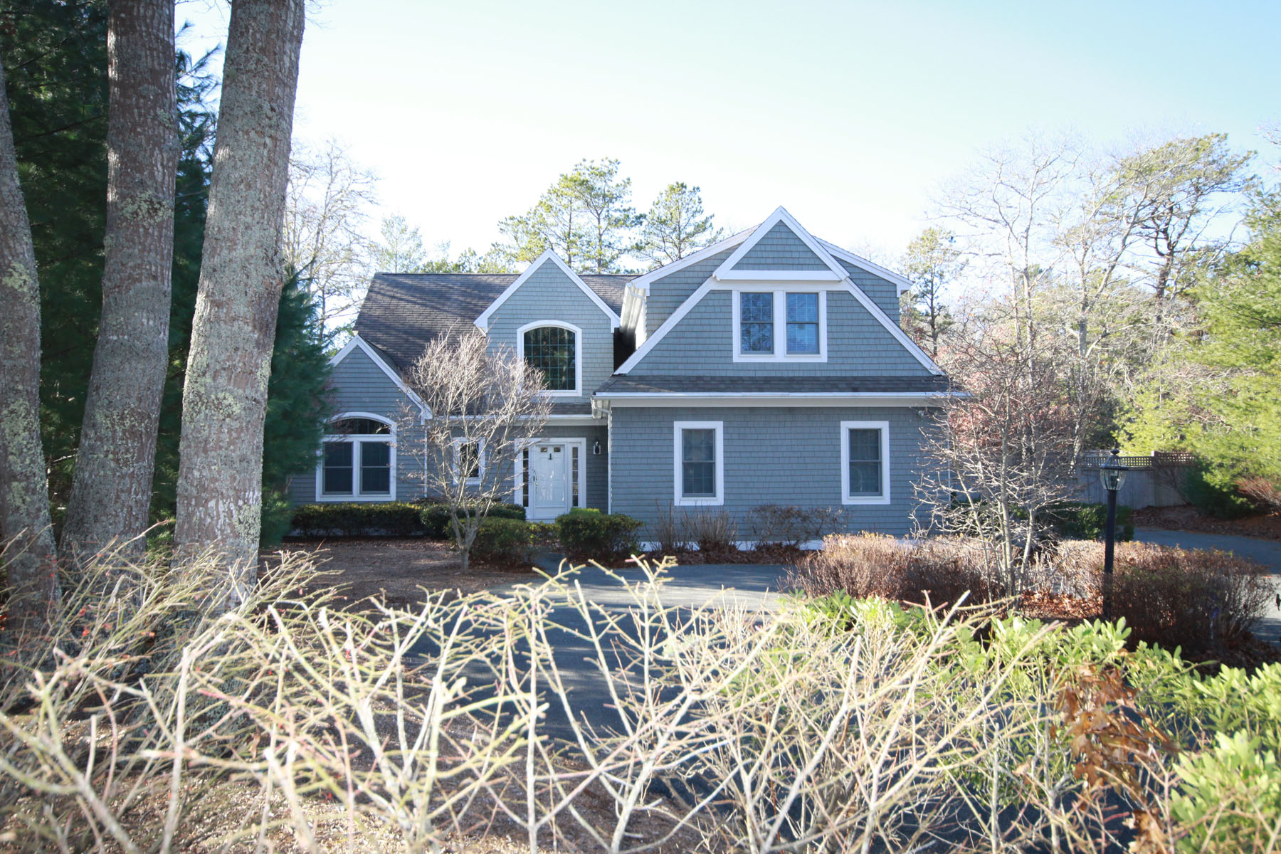 Single Family Home for Sale at SECLUDED CONTEMPORARY 8 Green Fin New Seabury, Massachusetts, 02649 United StatesIn/Around: Mashpee