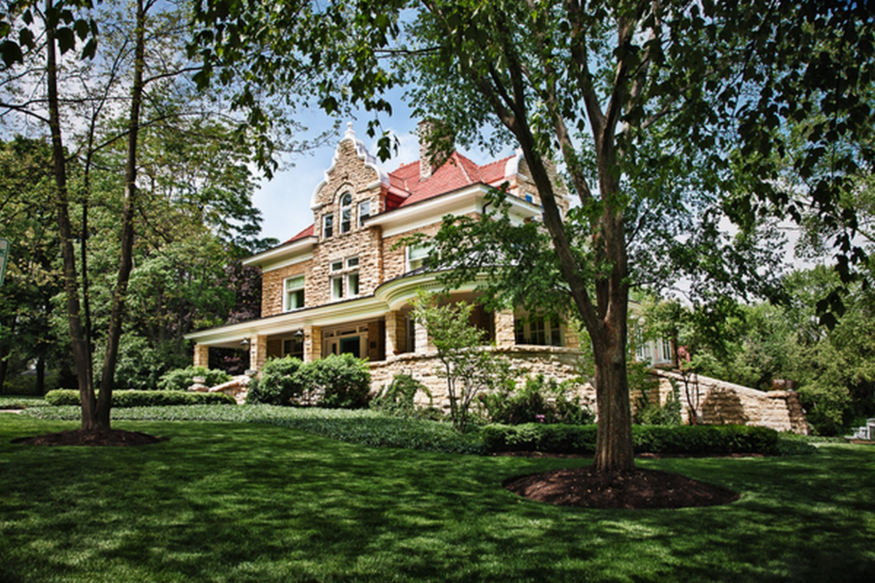 "Single Family Home for Sale at The Exquisite ""Fargo Estate"" 316 Elizabeth Place Geneva, Illinois 60134 United States"