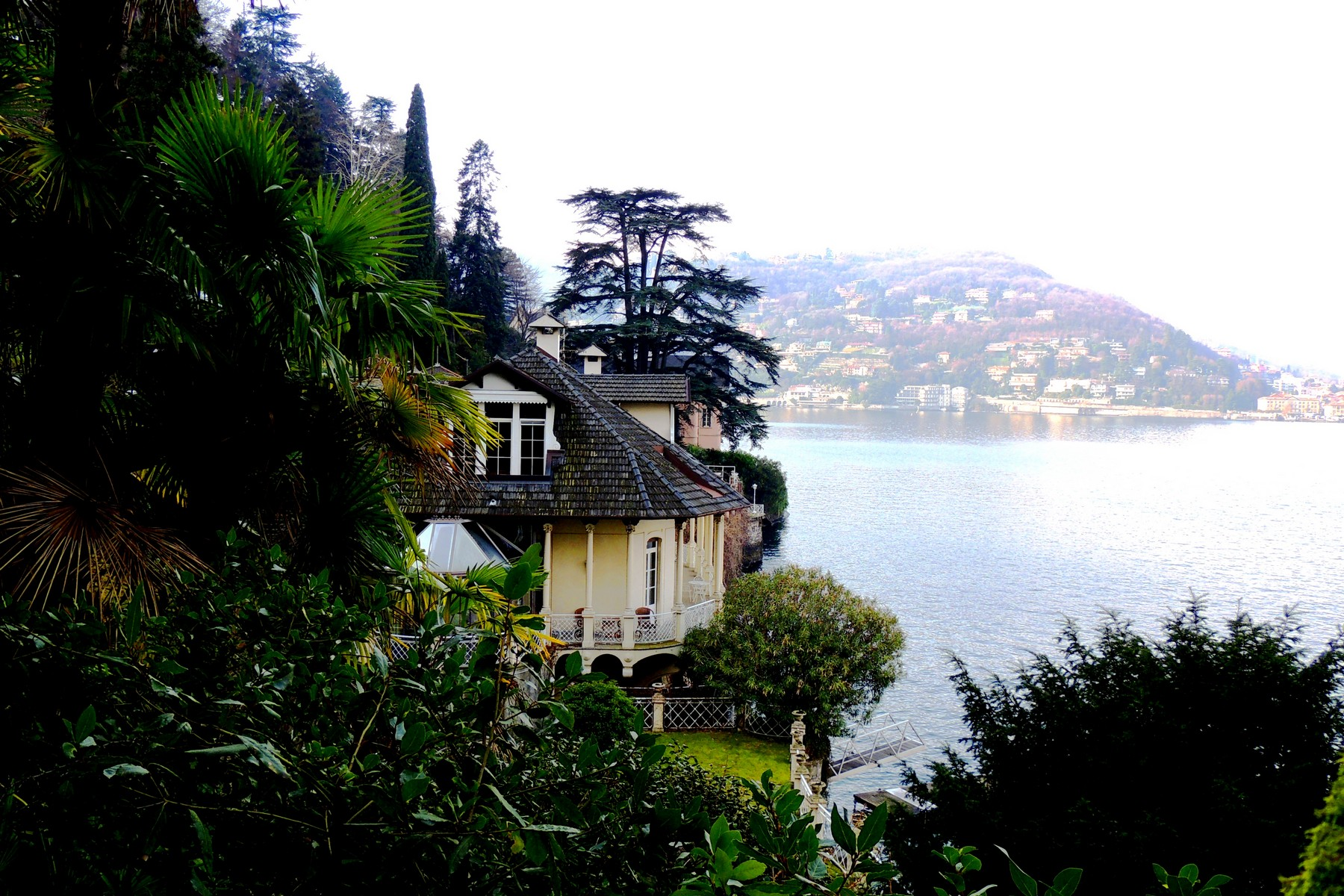 Additional photo for property listing at Majestic liberty villa on Lake Como  Como, Como 22100 Italy