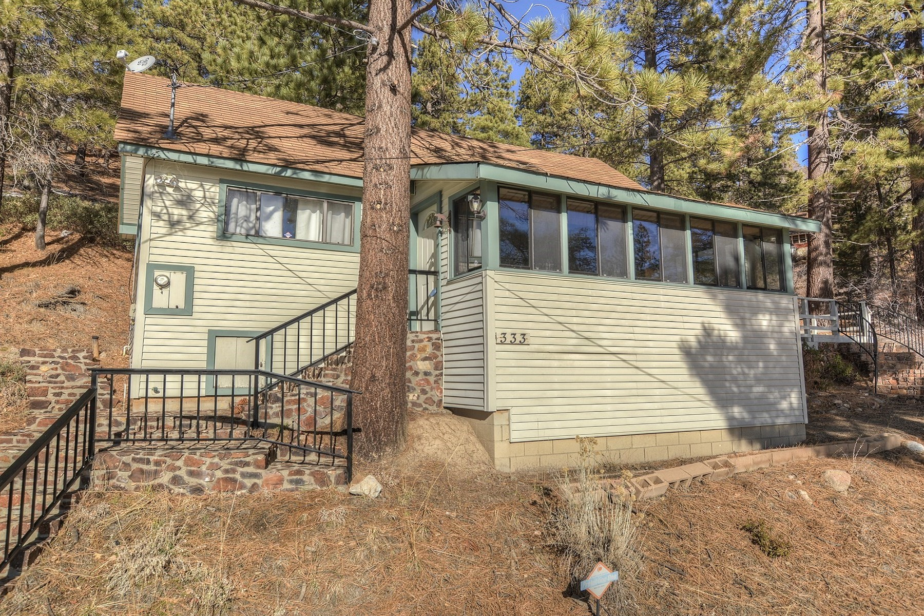 Single Family Home for Sale at Big Bear 333 Pine Kone Fawnskin, California, 92333 United States