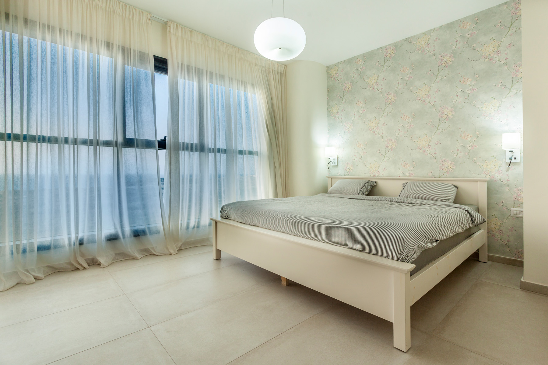 Additional photo for property listing at Elegant Apartment with Panoramic Sea View 内坦亚, 以色列 以色列