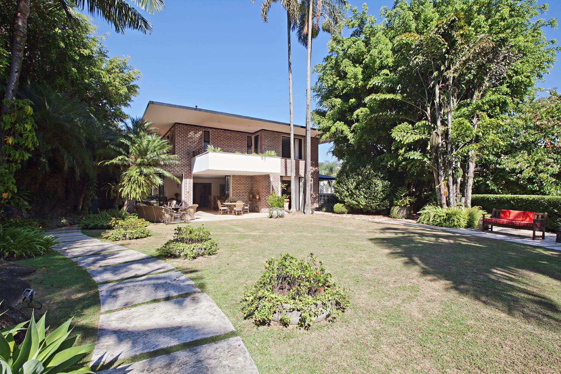 Casa para uma família para Venda às Nice tranquil home Rua das Açucenas Sao Paulo, São Paulo, 05673040 Brasil