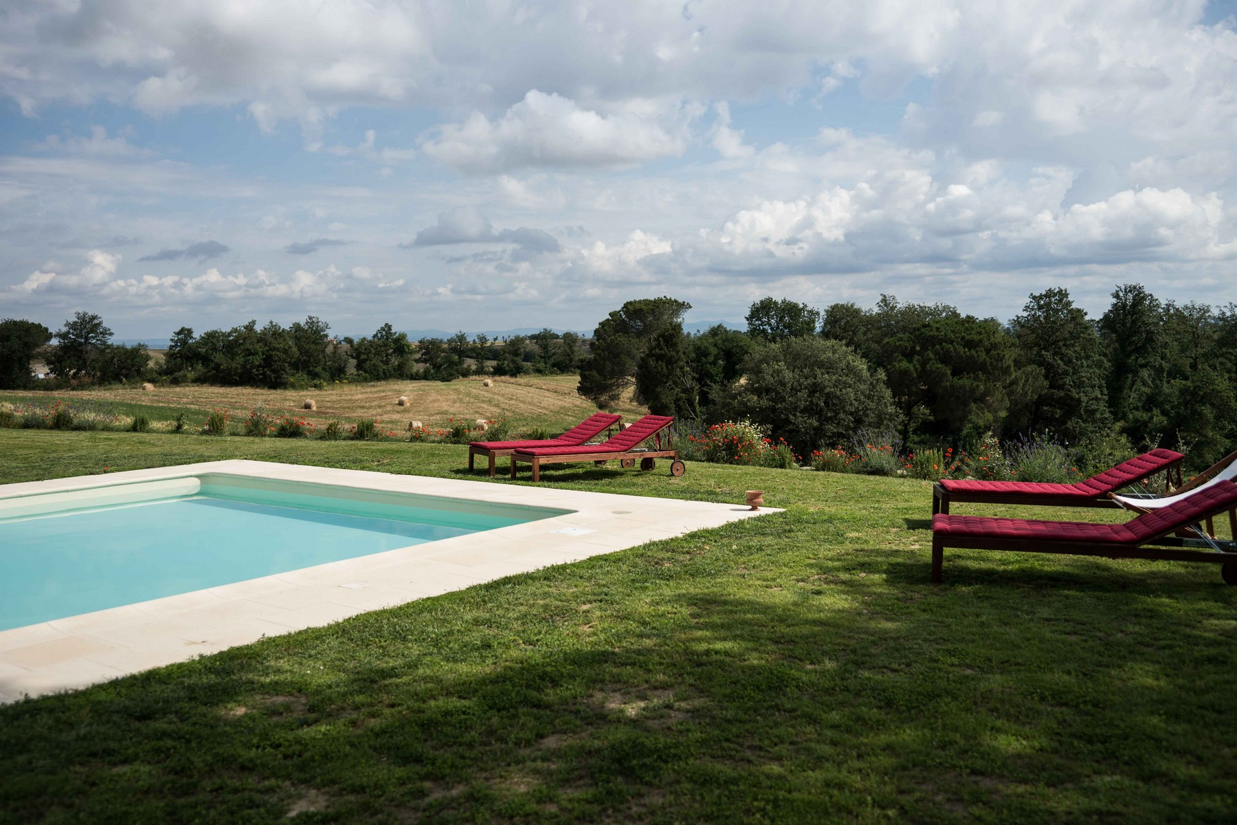 Additional photo for property listing at Stunning Villa in Val D'Orcia Buonconvento Siena, Siena 53022 Italy