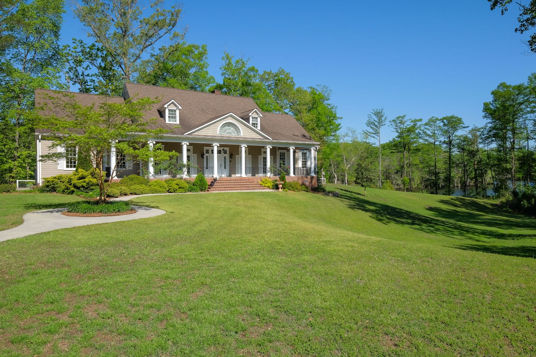 Single Family Home for Sale at Private Waterfront Retreat 139 Salmon Creek Merry Hill, North Carolina, 27957 United States