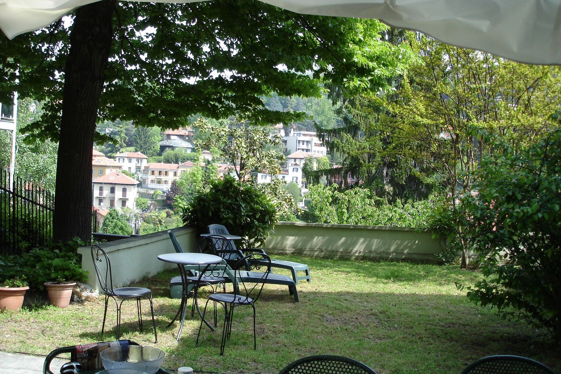 Additional photo for property listing at Beautiful family sized villa on the first hill of the city Viale Venticinque Aprile Torino, Turin 10133 Italia