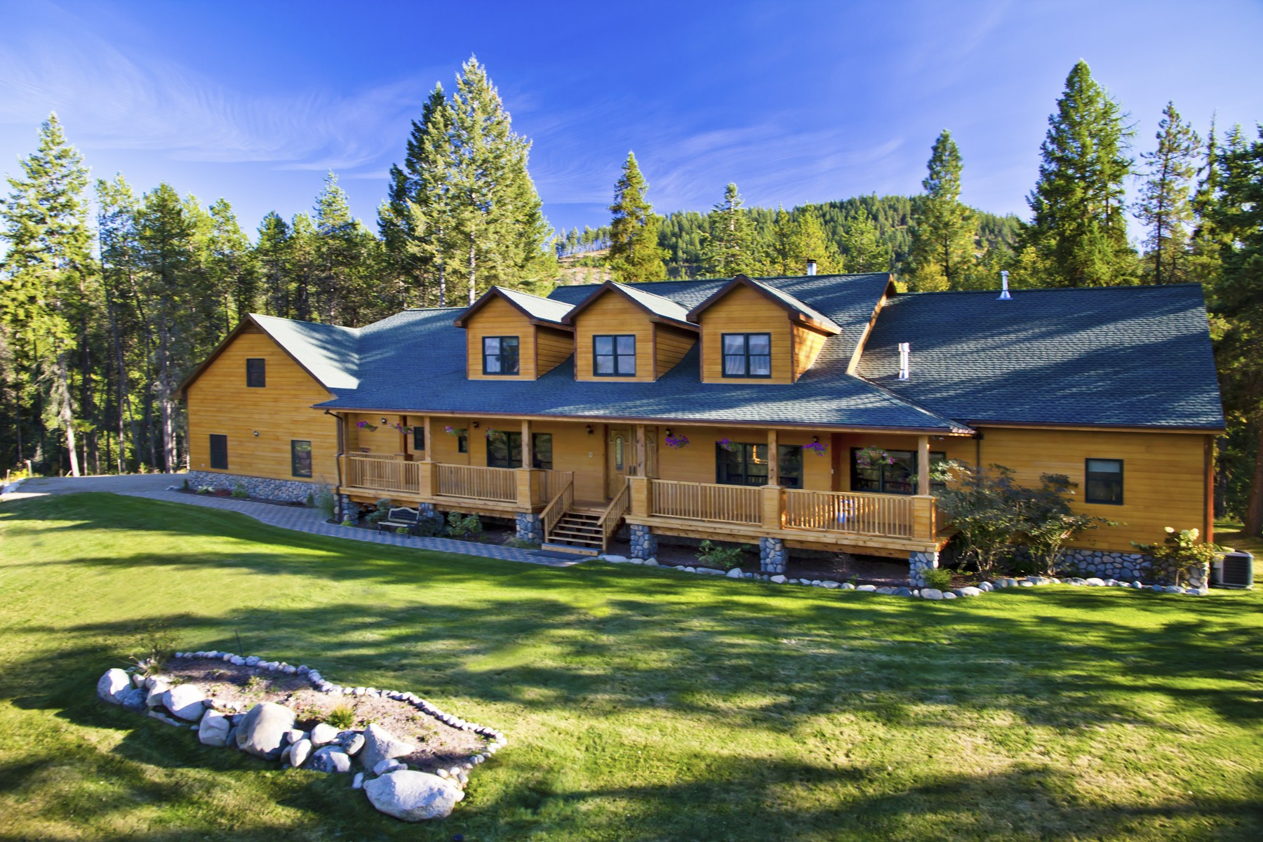 Single Family Home for Sale at Estate at Peak View 68 PEAK VIEW DR Sandpoint, Idaho, 83860 United States