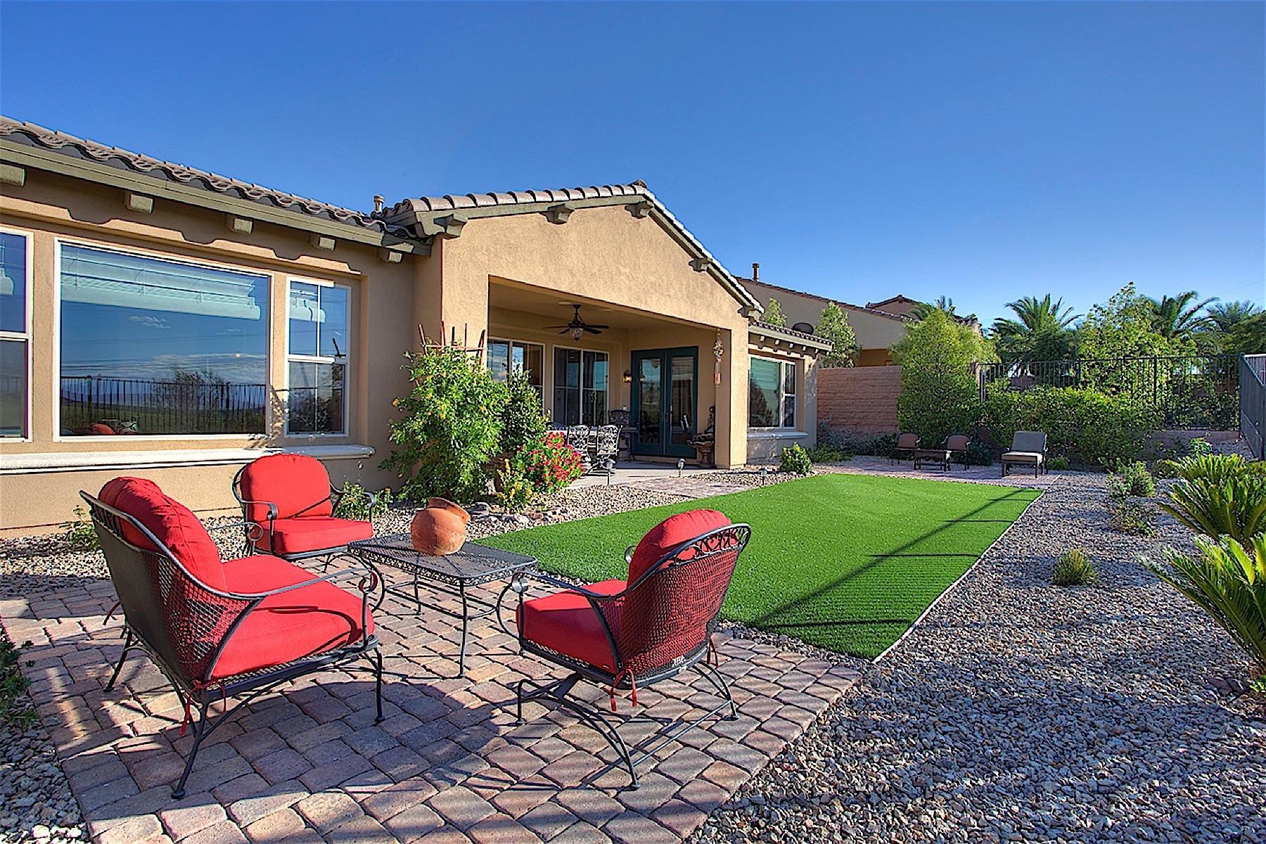 Maison unifamiliale pour l Vente à 49 Contrada Fiore Dr Lake Las Vegas, Henderson, Nevada, 89011 États-Unis