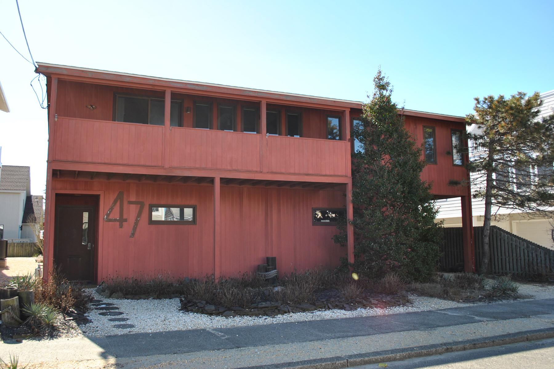 Maison unifamiliale pour l Vente à Oceanblock Contemporary Home 49 3rd Avenue Seaside Park, New Jersey, 08752 États-Unis