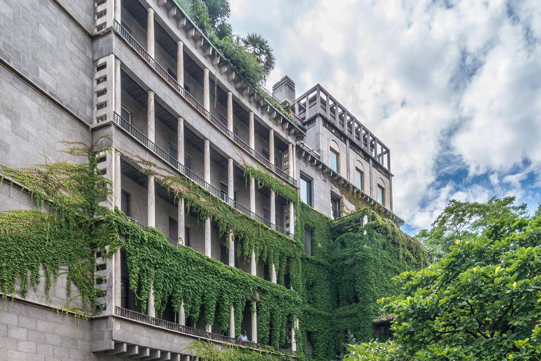 Additional photo for property listing at Elegant apartment in the historical center of Milan Via dei Giardini Milano, Milan 20100 Italy