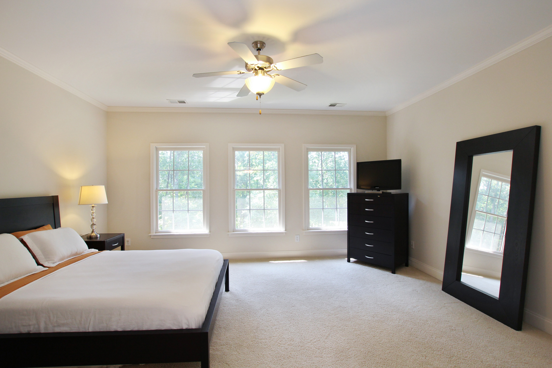 Additional photo for property listing at Country Club Golf Living At Its Finest 6309 Howell Cobb Court NW Acworth, Georgië 30101 Verenigde Staten