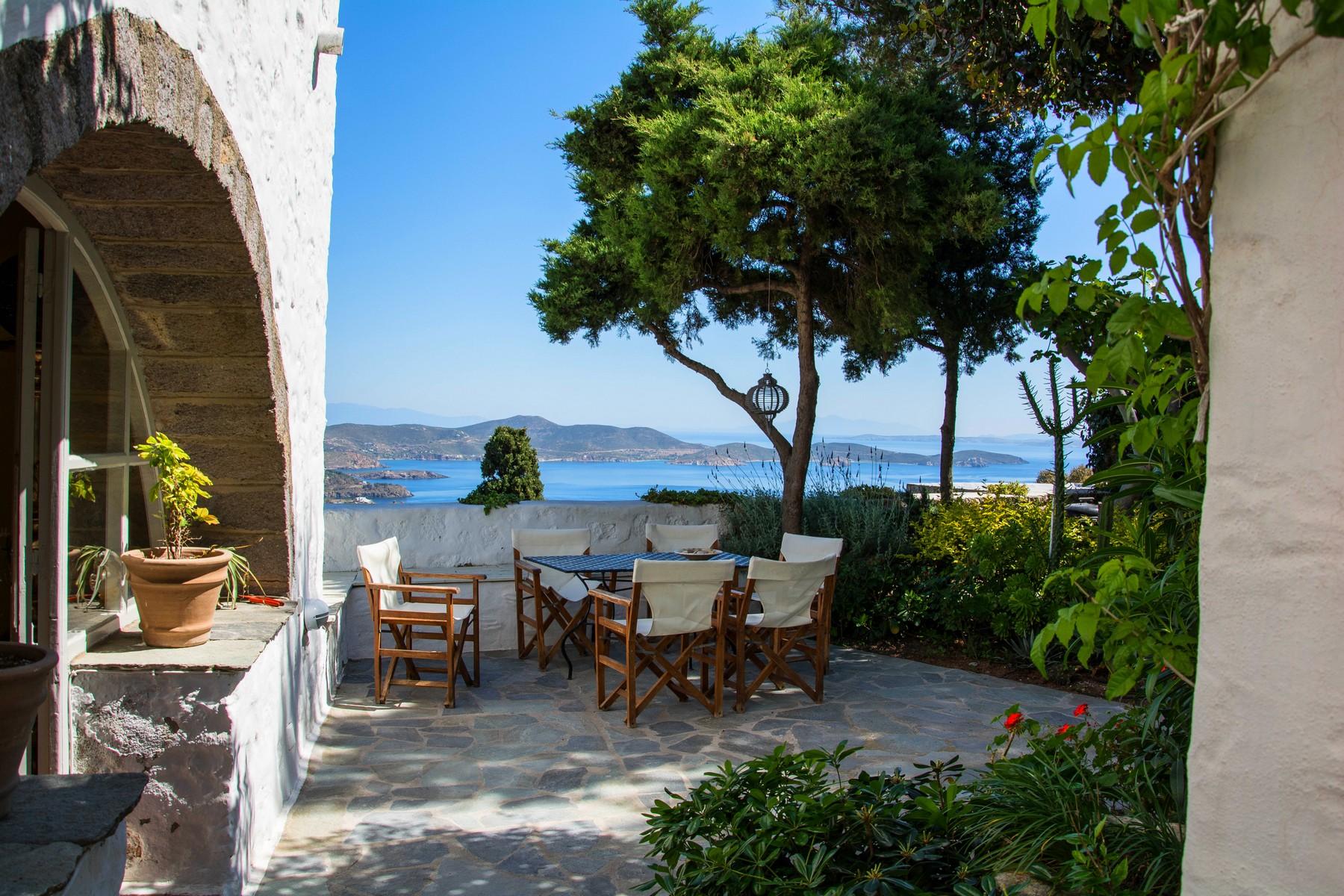 واحد منزل الأسرة للـ Sale في Panorama Panorama Chora Patmos, Southern Aegean, 85500 Greece