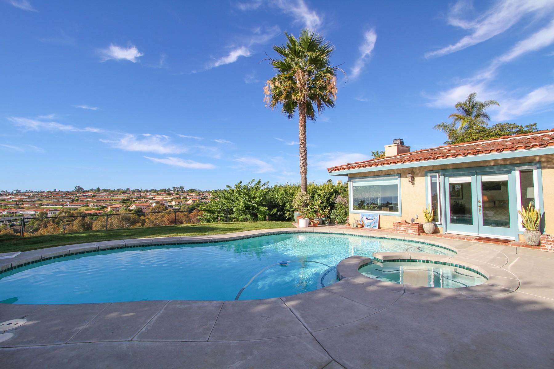 Maison unifamiliale pour l Vente à 5486 Soledad Road La Jolla, Californie, 92037 États-Unis