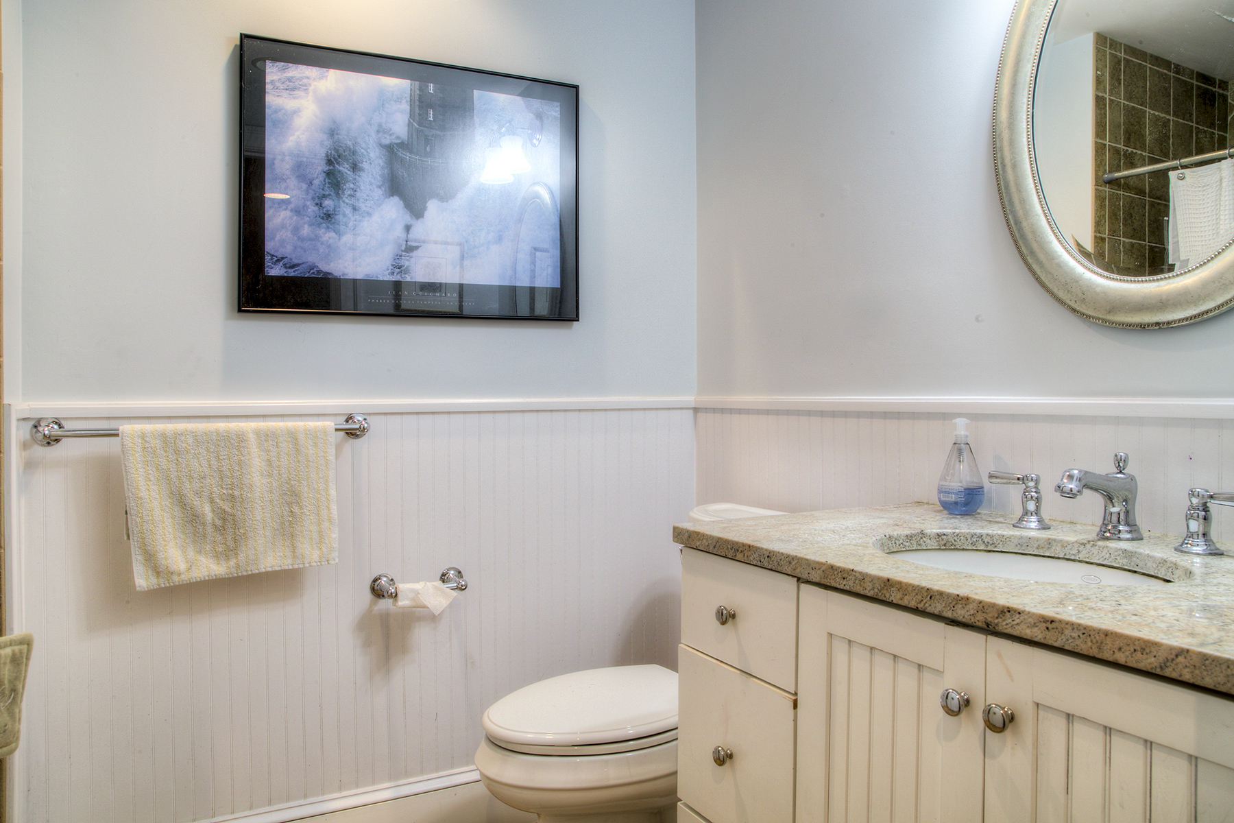 Additional photo for property listing at Privacy on Easton's Point 71 Ashurst Avenue Middletown, Rhode Island 02842 United States