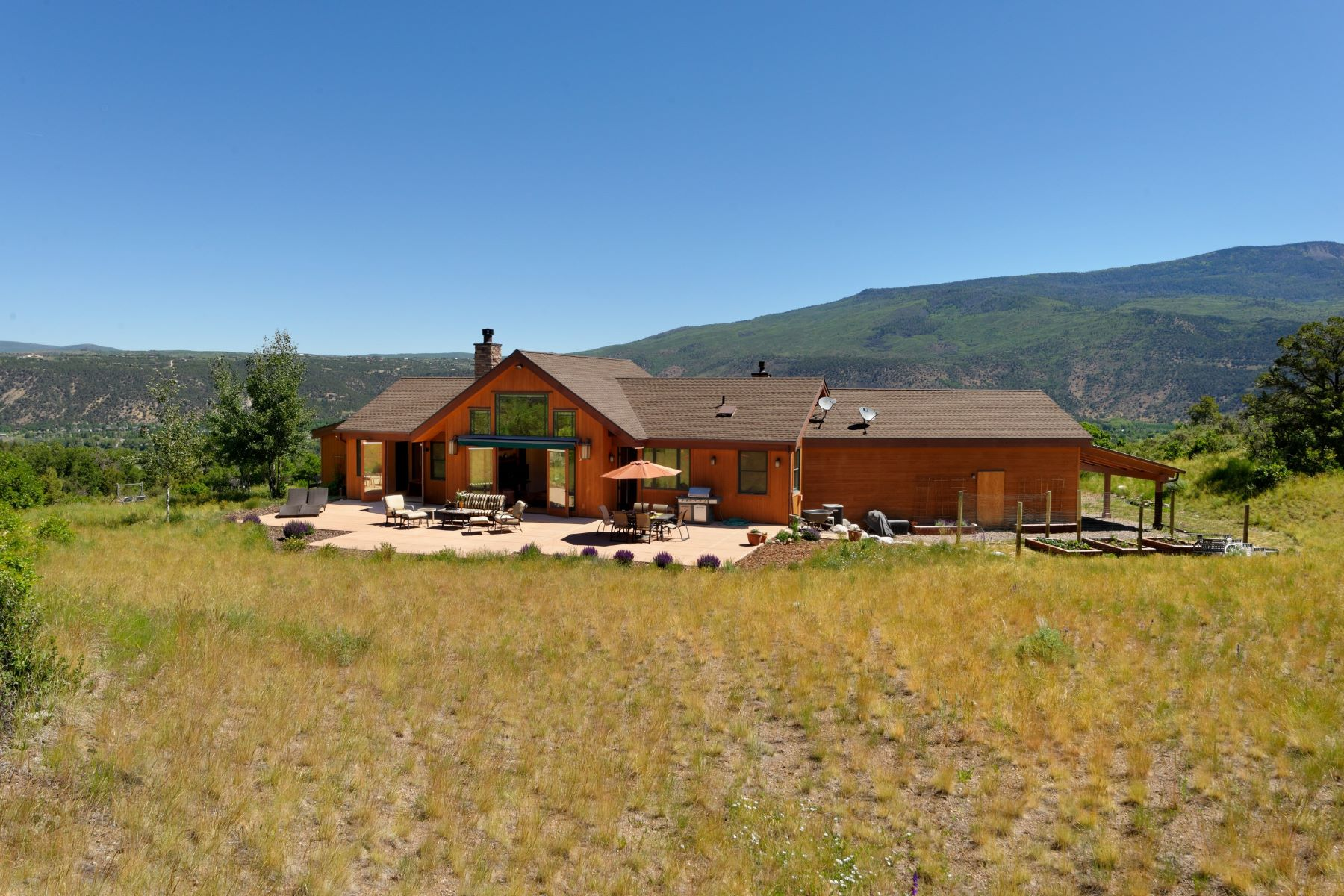 Additional photo for property listing at Ranch Style Home in Emma 1434 Hooks Spur Road Basalt, Colorado 81621 United States