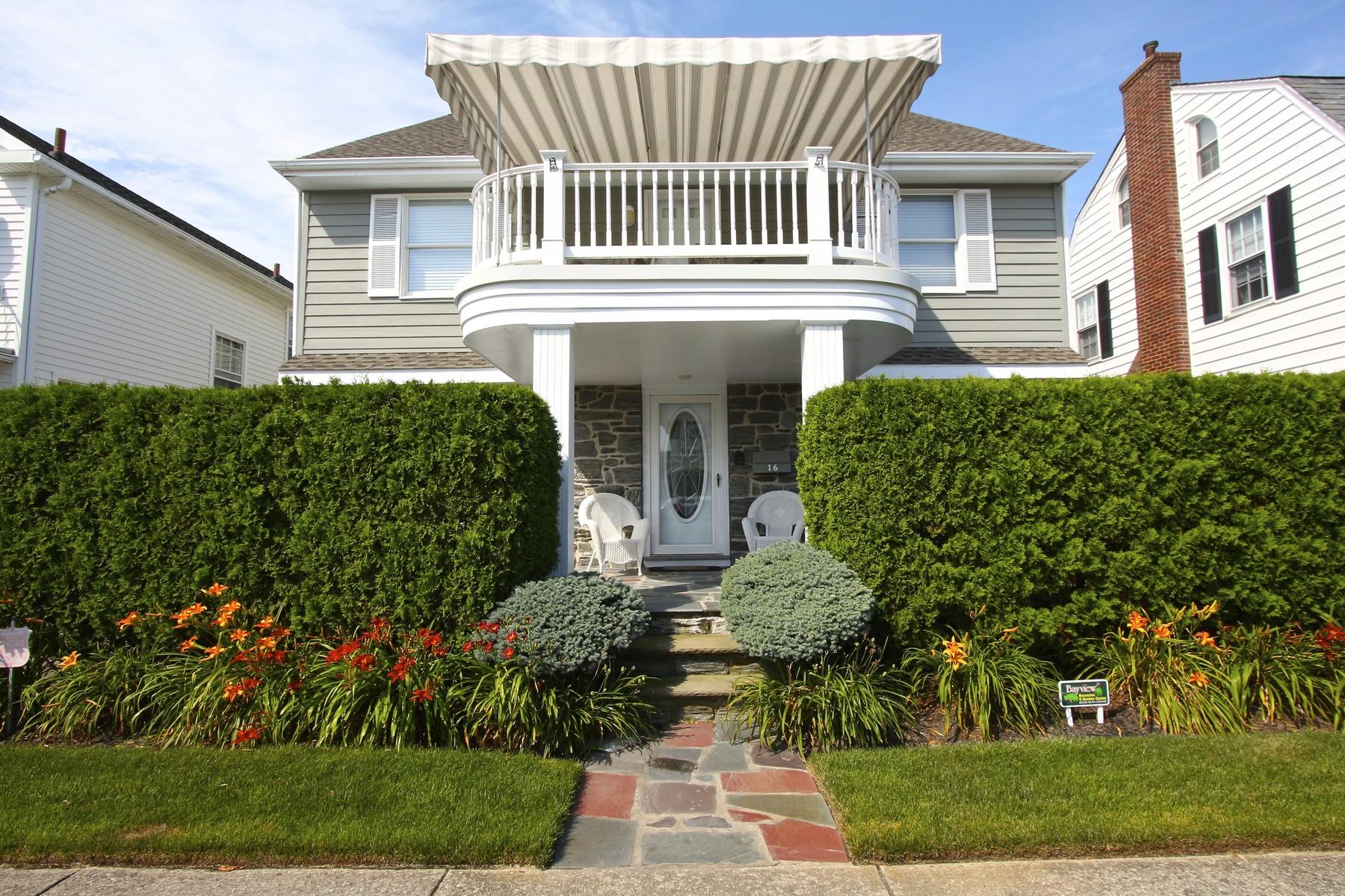 Maison unifamiliale pour l Vente à 16 S Thurlow 16 S Thurlow Avenue Southside Parkway Margate, New Jersey, 08402 États-Unis