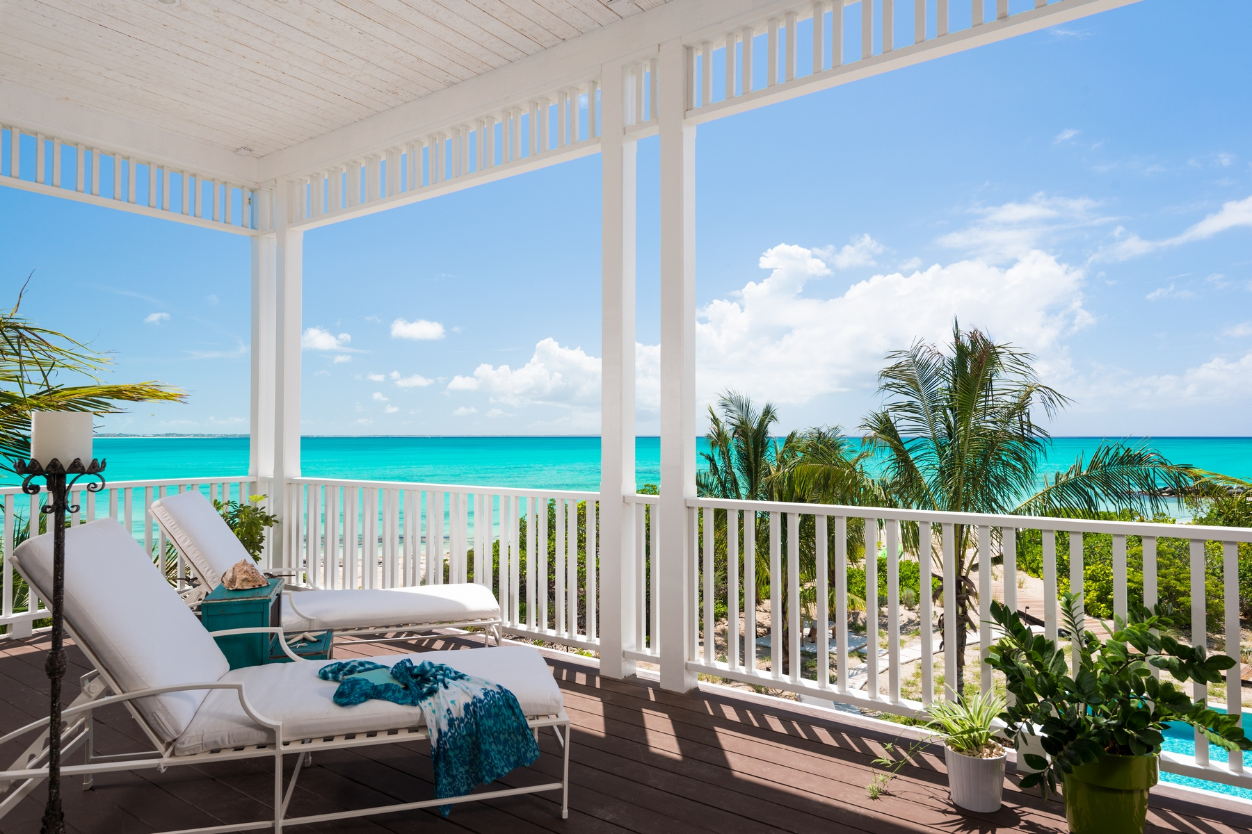 Additional photo for property listing at Saving Grace - Luxurious Beachfront Villa  Grace Bay, Providenciales TCI BWI Îles Turques Et Caïques