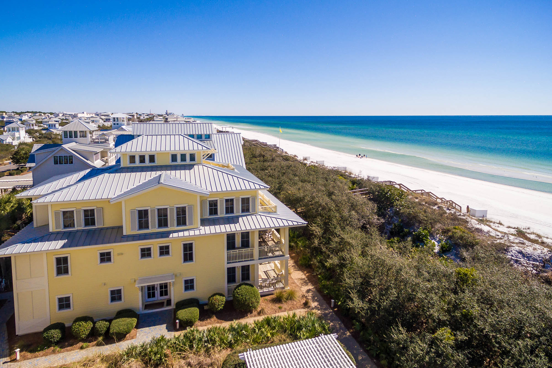Condomínio para Venda às WATERFRONT CONDO CENTRAL TO WATERCOLOR RESORT AMENITIES 1848 E County Highway 30A 21 Santa Rosa Beach, Florida, 32459 Estados Unidos
