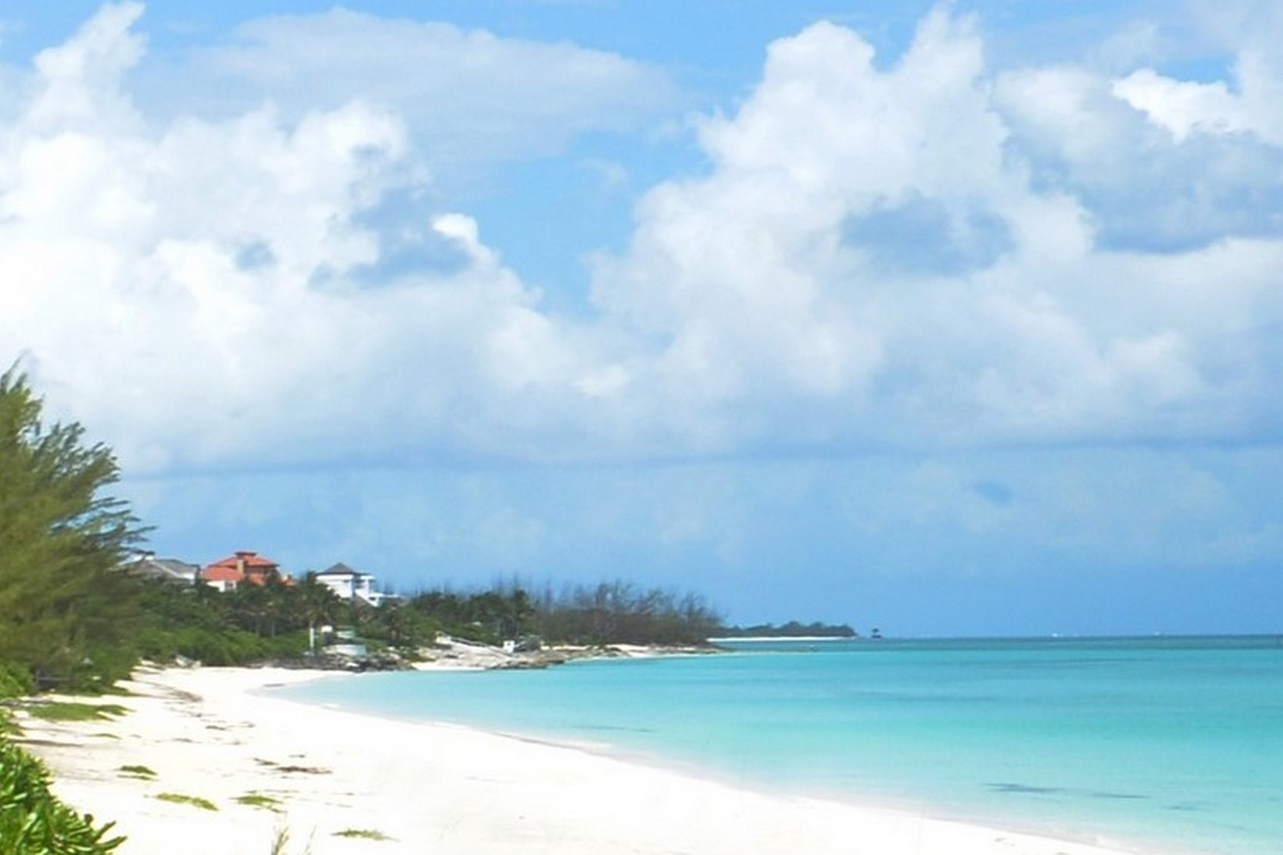 Additional photo for property listing at Old Fort Bay Beachfront Lot Old Fort Bay, New Providence/Nassau Bahamas