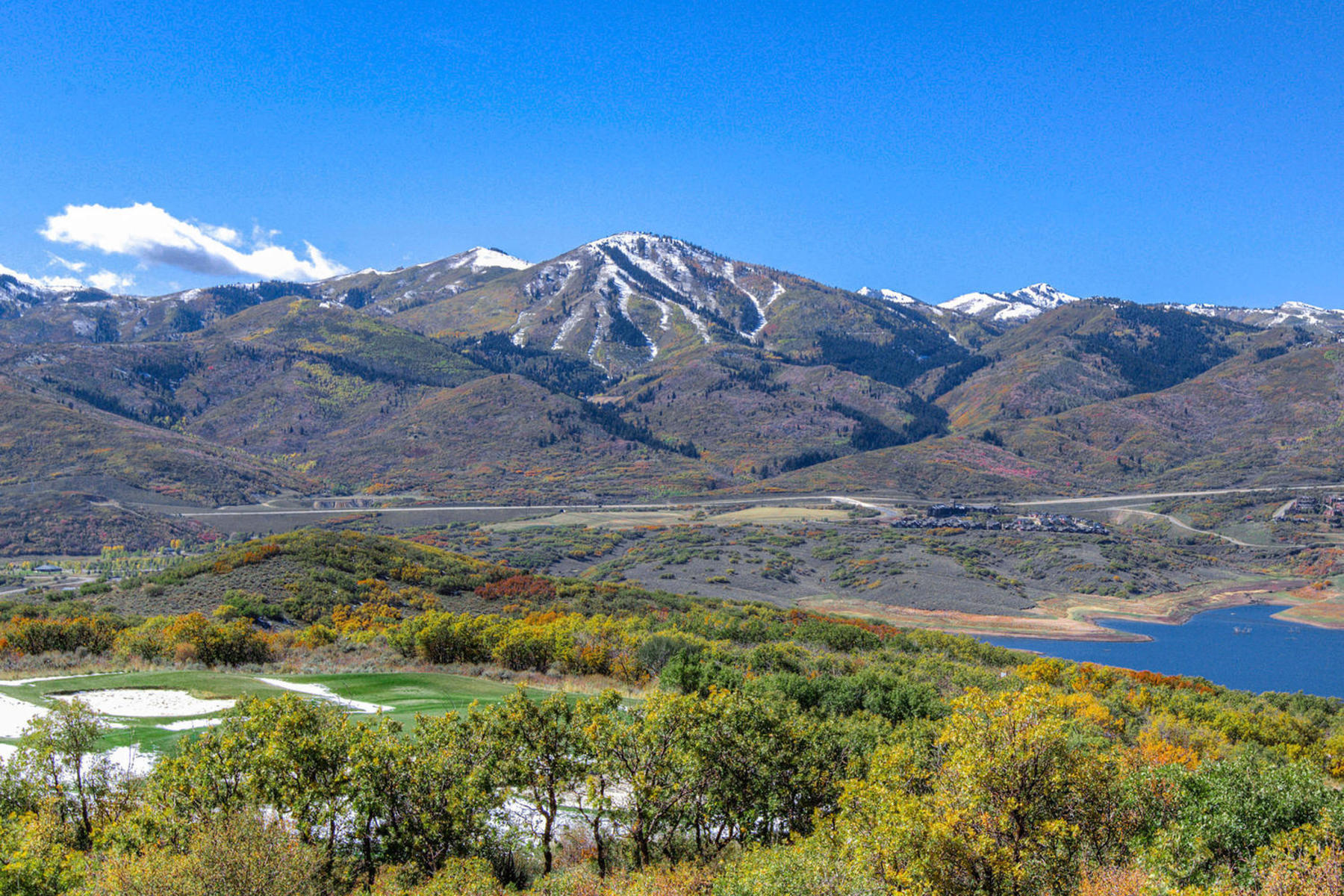 Additional photo for property listing at Views, Wildlife, Serenity and Accessibility, Hideout Canyon Has It All! 10496 N Forevermore Ct Lot#8 Hideout Canyon, Utah 84036 États-Unis
