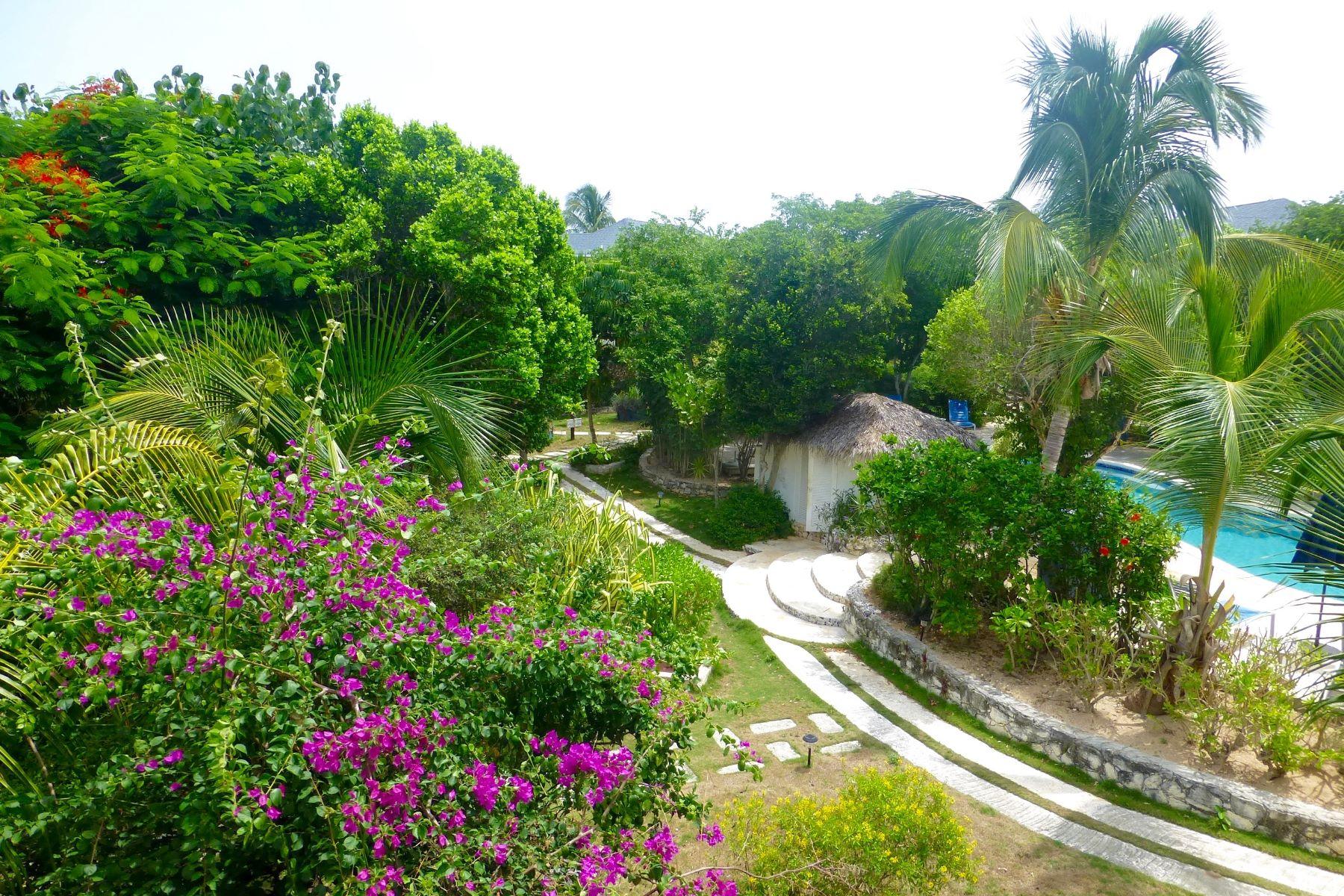 Piso por un Venta en Unit 722 Pineapple Fields Governors Harbour, Eleuthera Bahamas