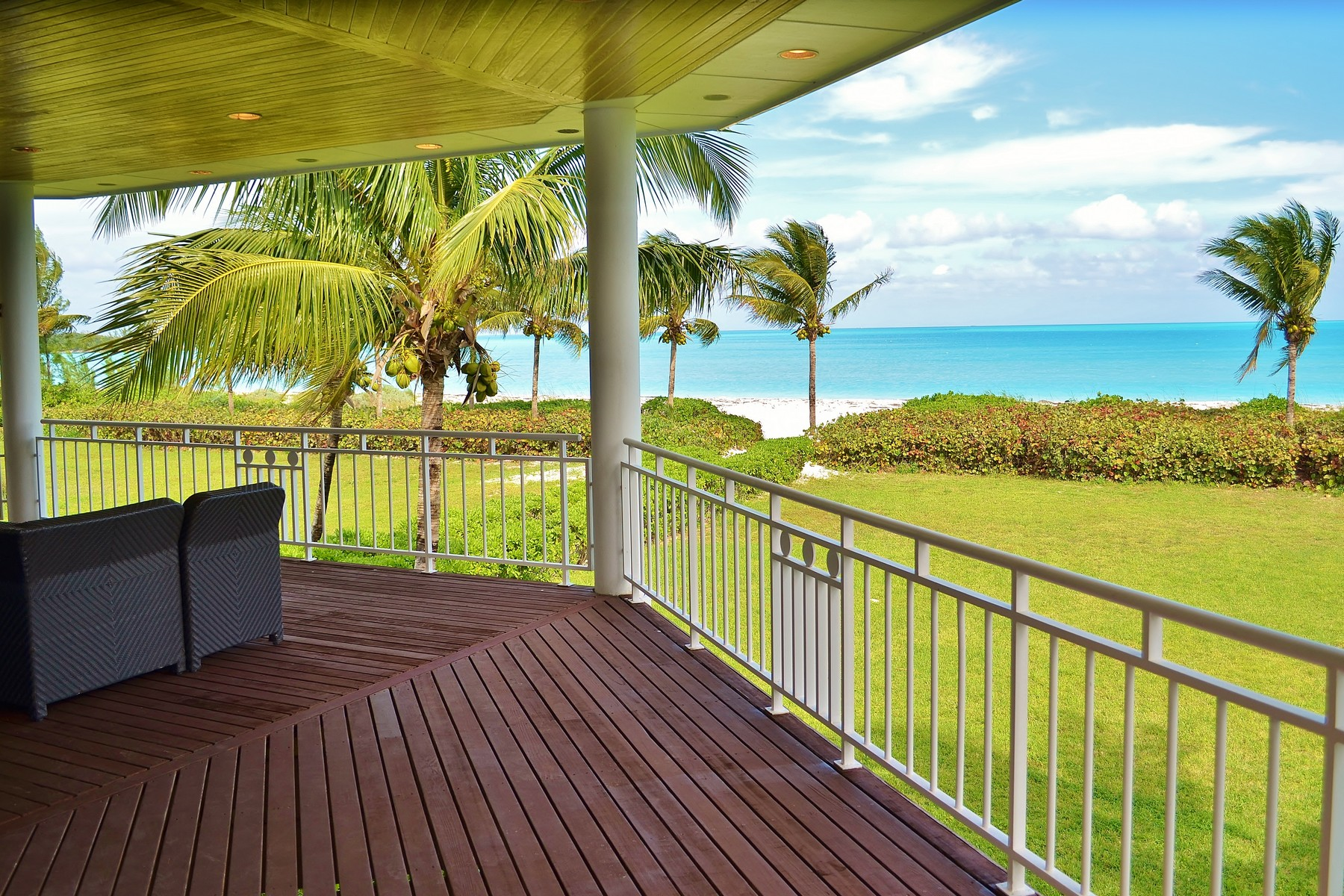 단독 가정 주택 용 매매 에 Serenity House Treasure Cay, 아바코, 바하마