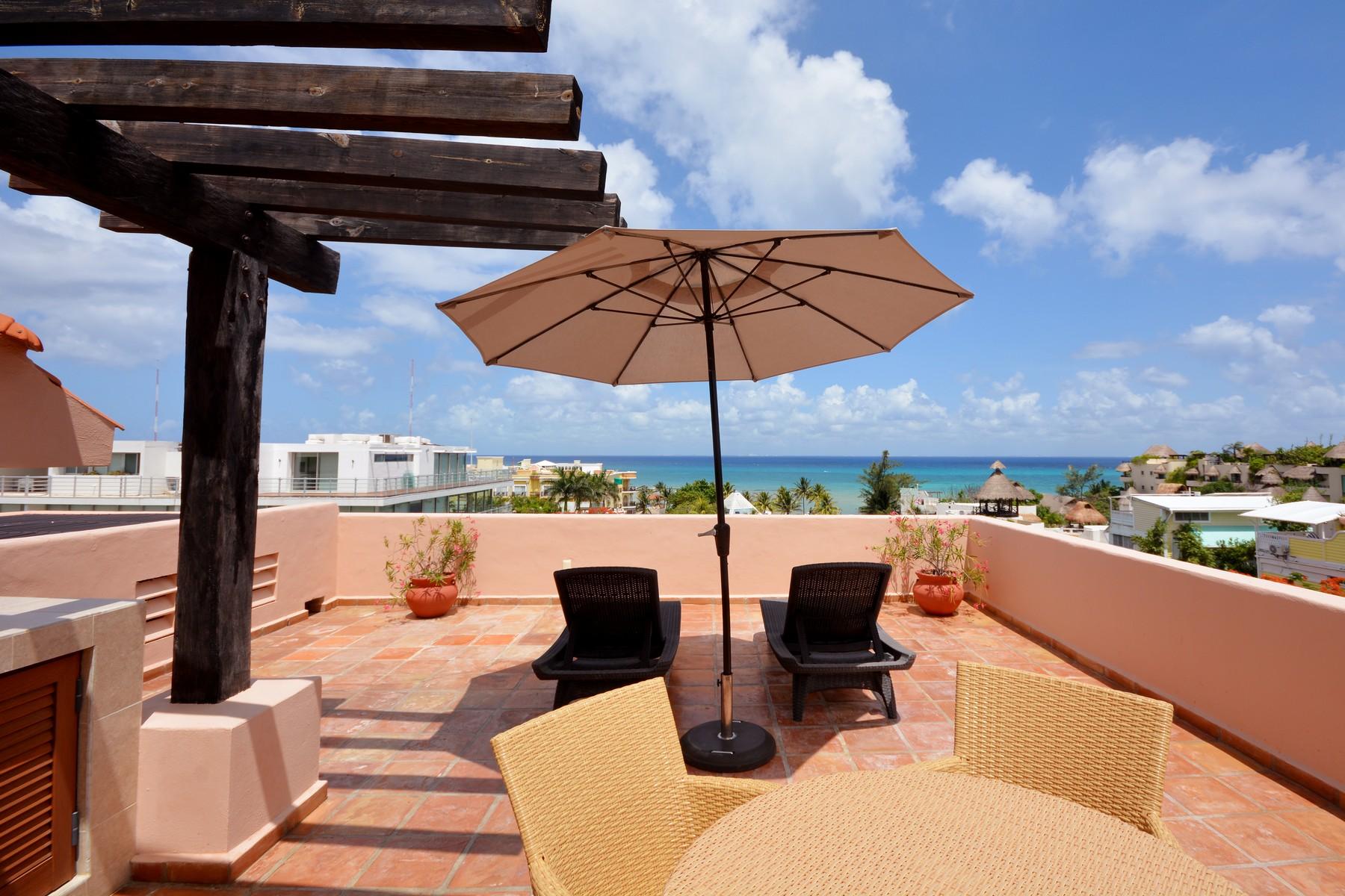 共管物業 為 出售 在 DELUXE PENTHOUSE IN THE BEST LOCATION Deluxe penthouse in the best location Calle 16 Norte Bis entre 5a Ave y 1a Ave Playa Del Carmen, Quintana Roo, 77710 墨西哥