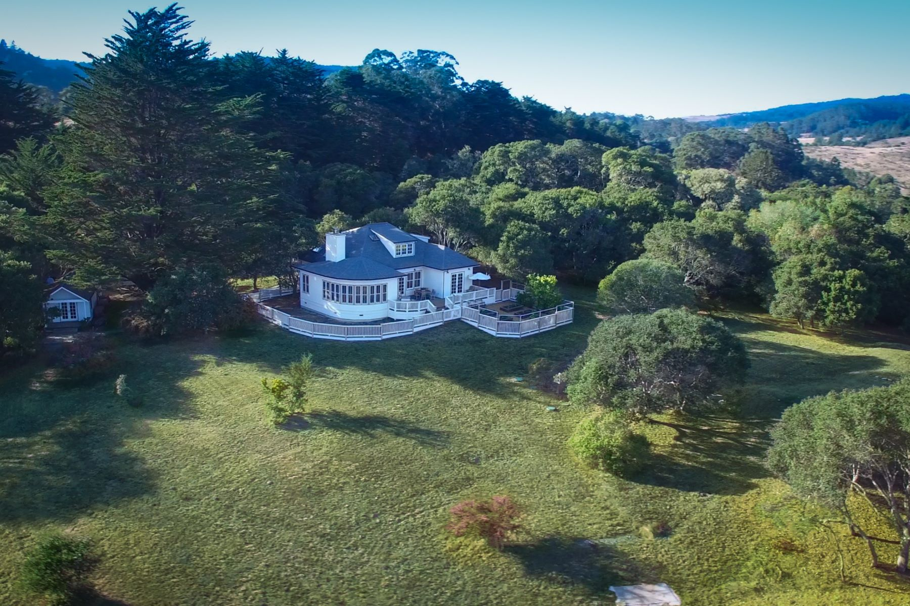 Земля для того Продажа на An epic Bolinas setting for both family and friends 330 - 280 Horseshoe Hill Road Bolinas, Калифорния 94924 Соединенные Штаты