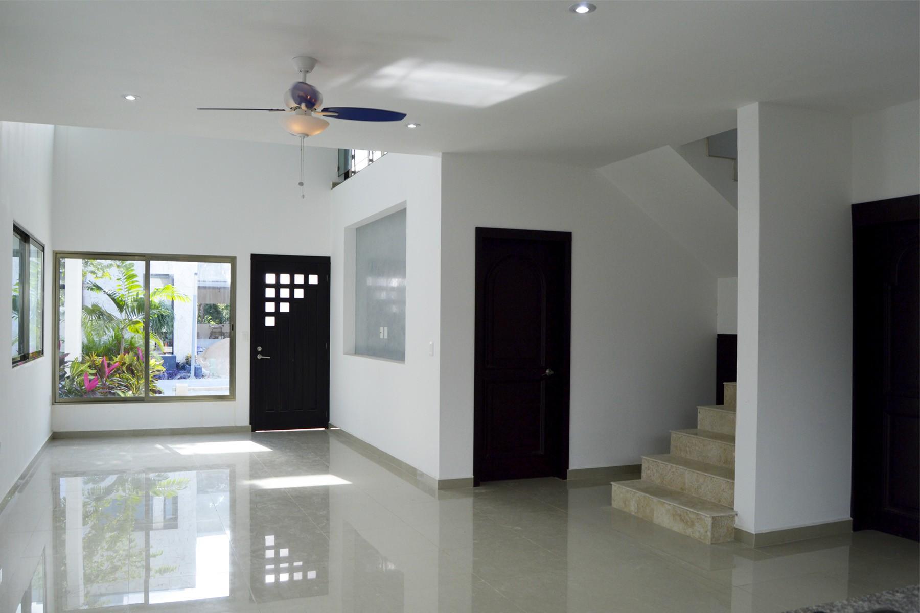 Additional photo for property listing at CASA SERENA Lote 24, El Trébol Manzana 16 Playa Del Carmen, Quintana Roo 77710 México