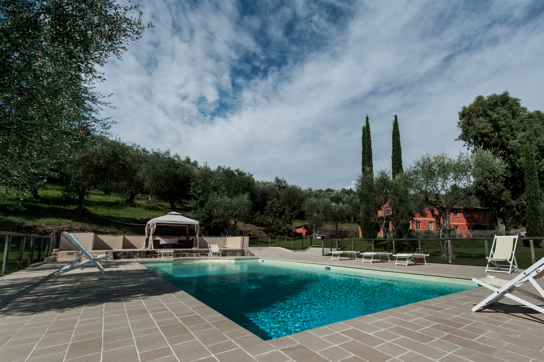 Additional photo for property listing at Country home near Lucca Lucca, Lucca Italie